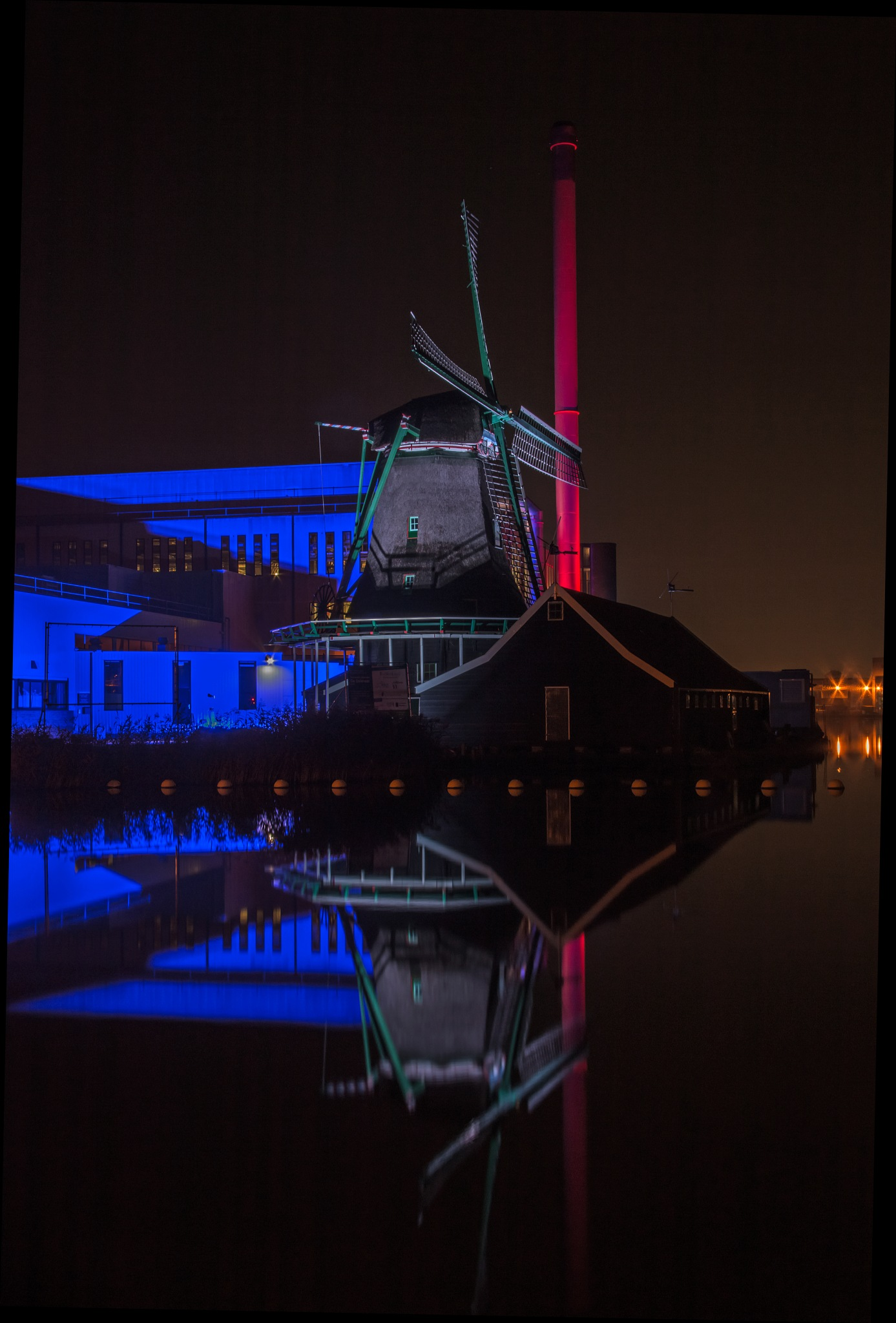 Duyvis Factory with old mill on the Zaan 4 by Sjaak Buis