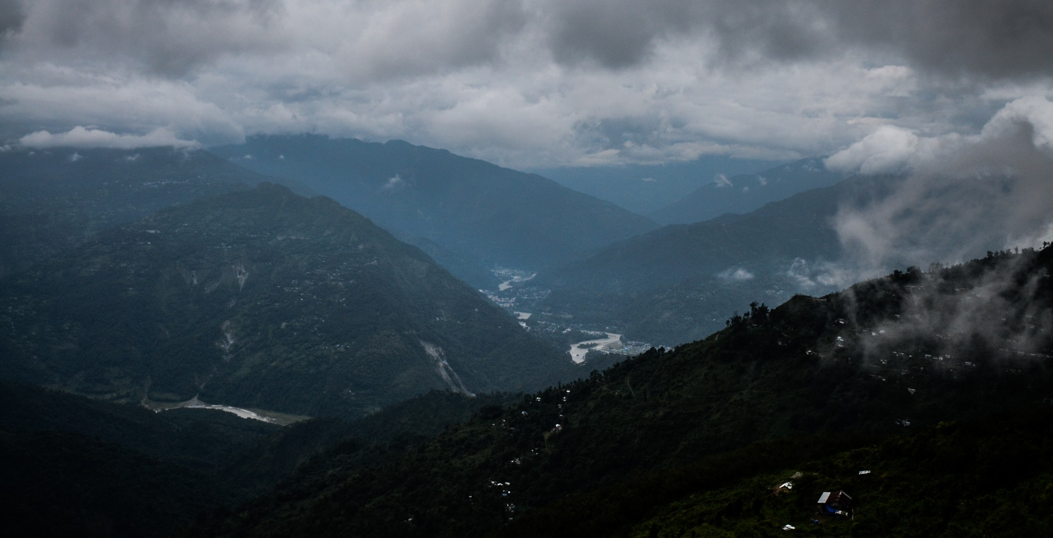 Hometown of Clouds.......Ramdhura by souvikit