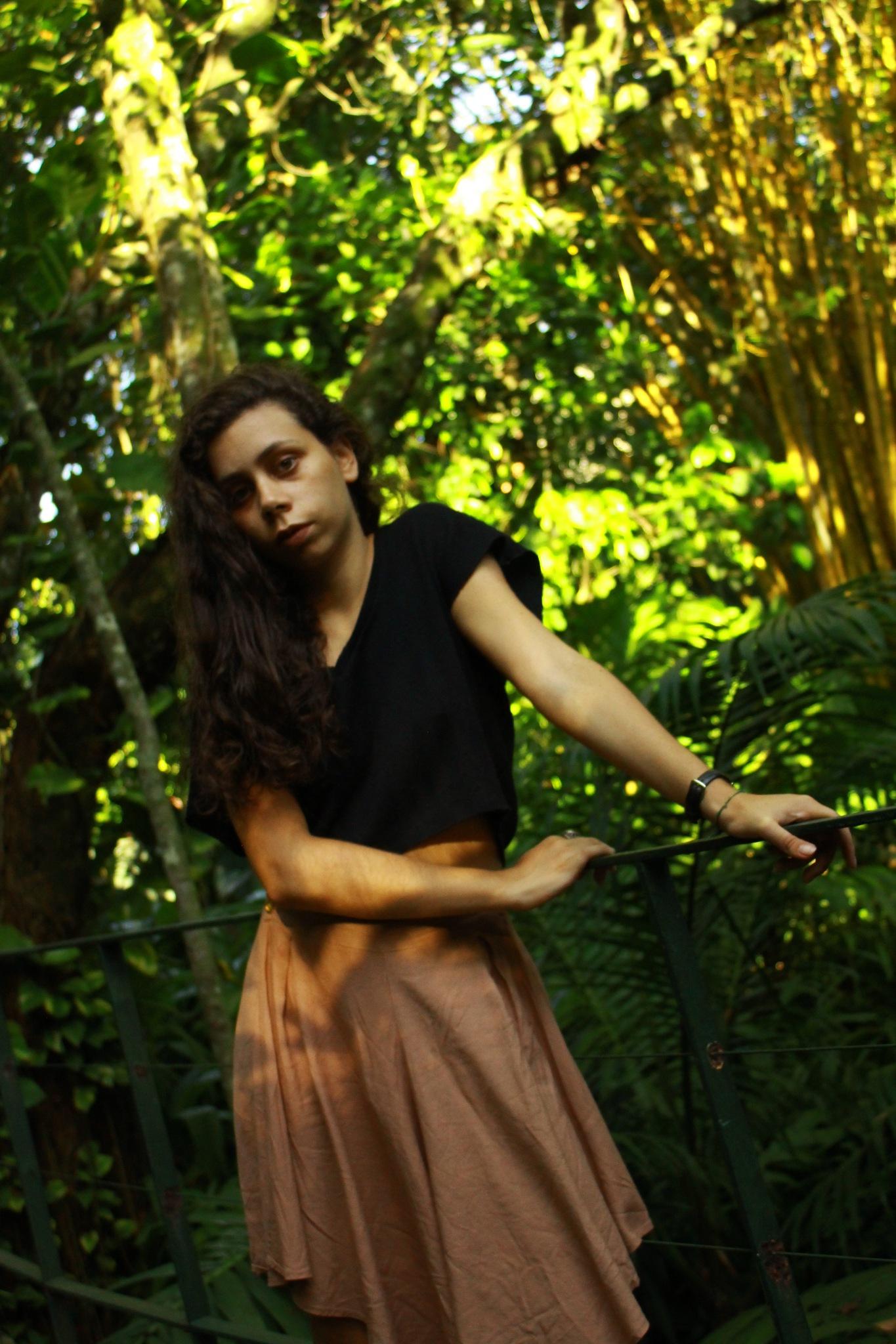 bru by Livia L Barbosa