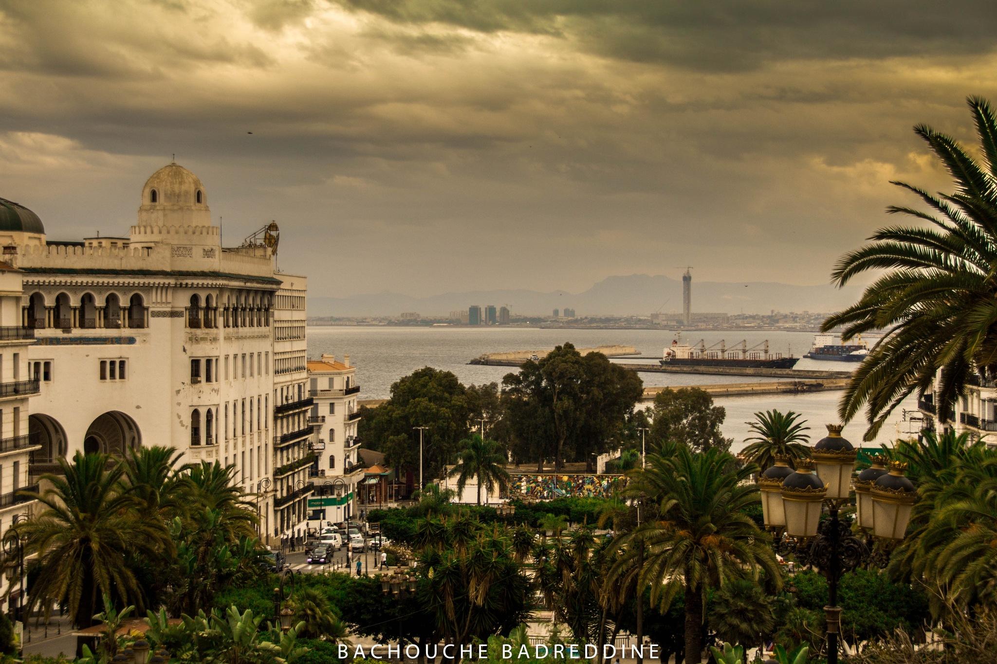 La Grande Poste - Alger- by Badreddine Bachouche