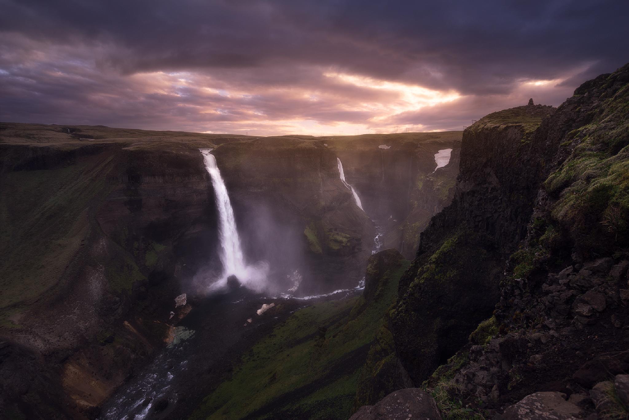 Fossárdalur, Iceland      by decastr5