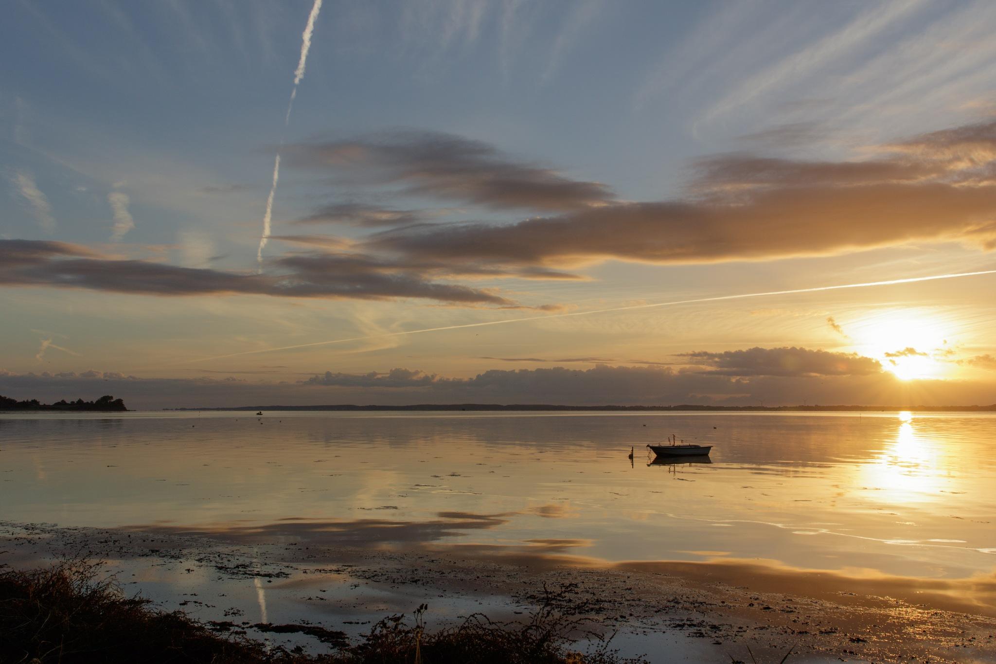 Morning scenery by Bjarne Gertz Pedersen