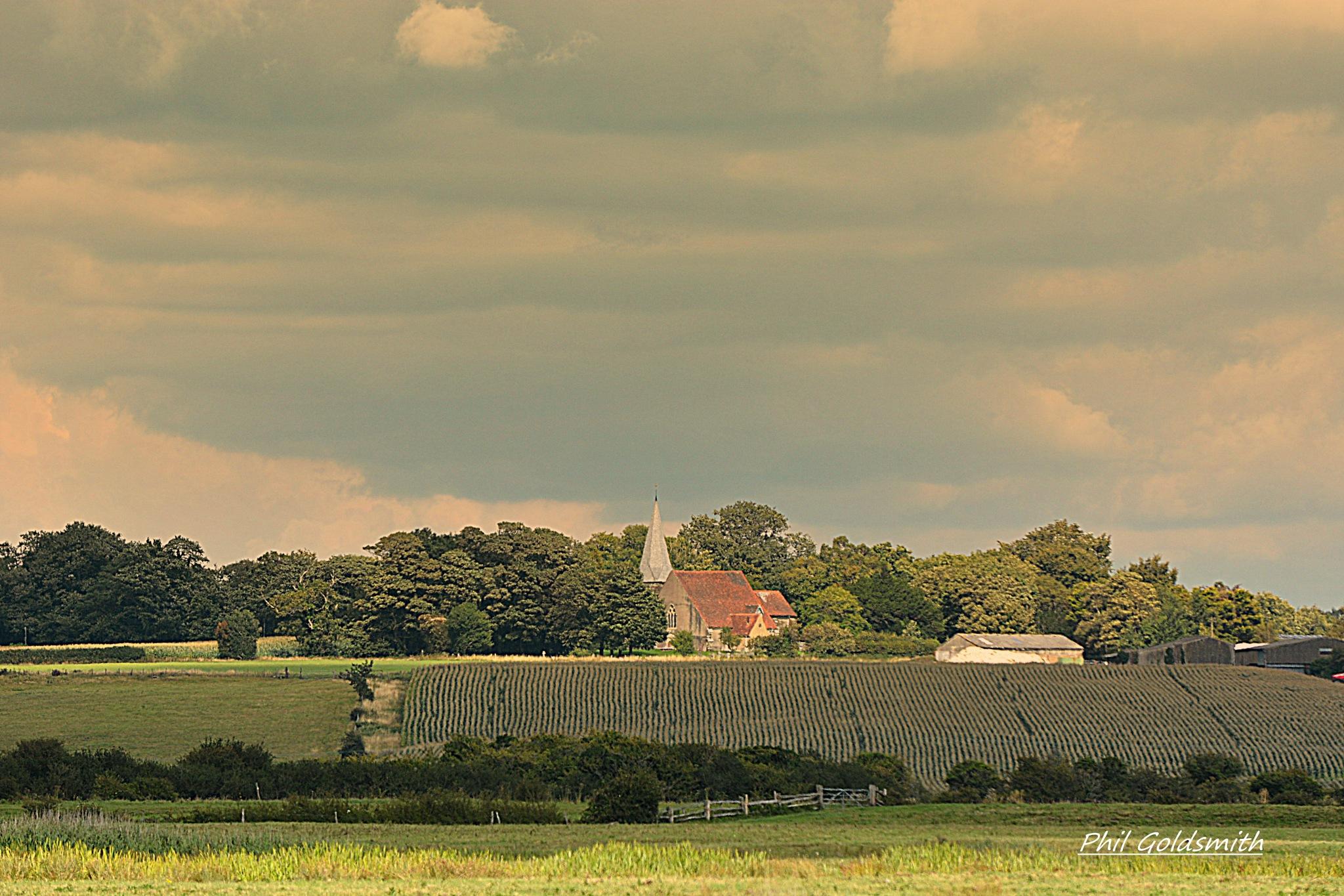 Herstmonceux  Church by Philip Goldsmith