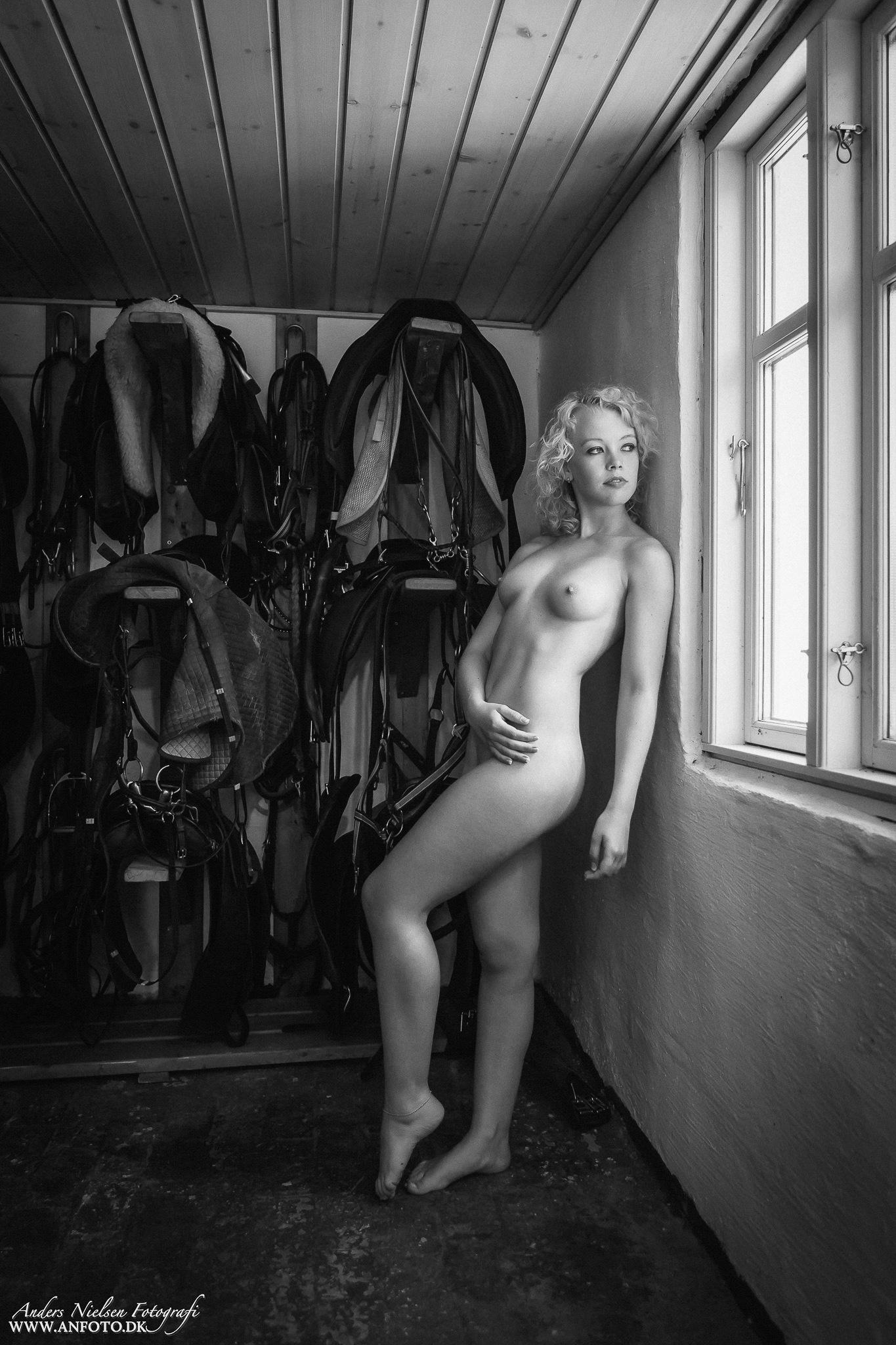 Stable Girl - II by Anders Nielsen Fotografi