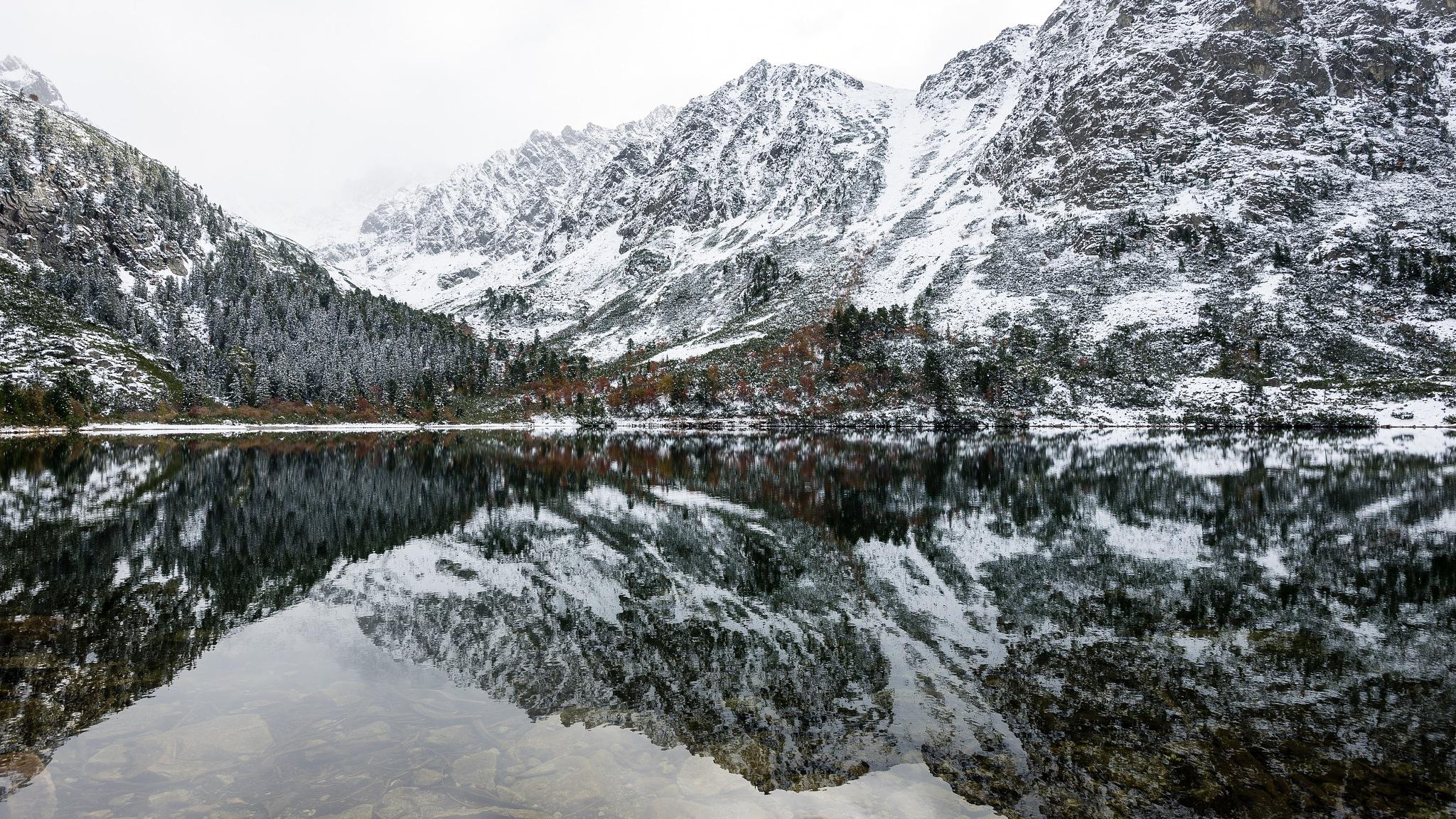 Winter lake by martinsvanags