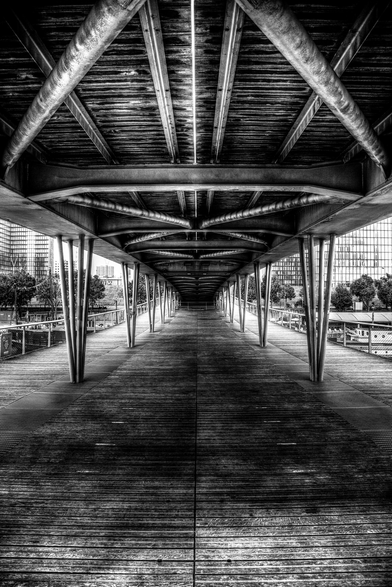 Under The Bridge by ALANIG