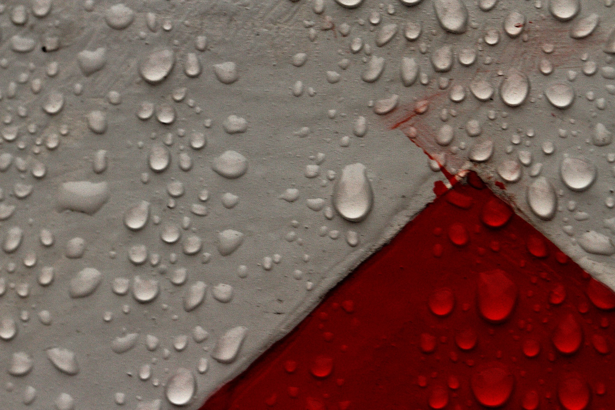 Red, White & Droplets by IncisiveFool