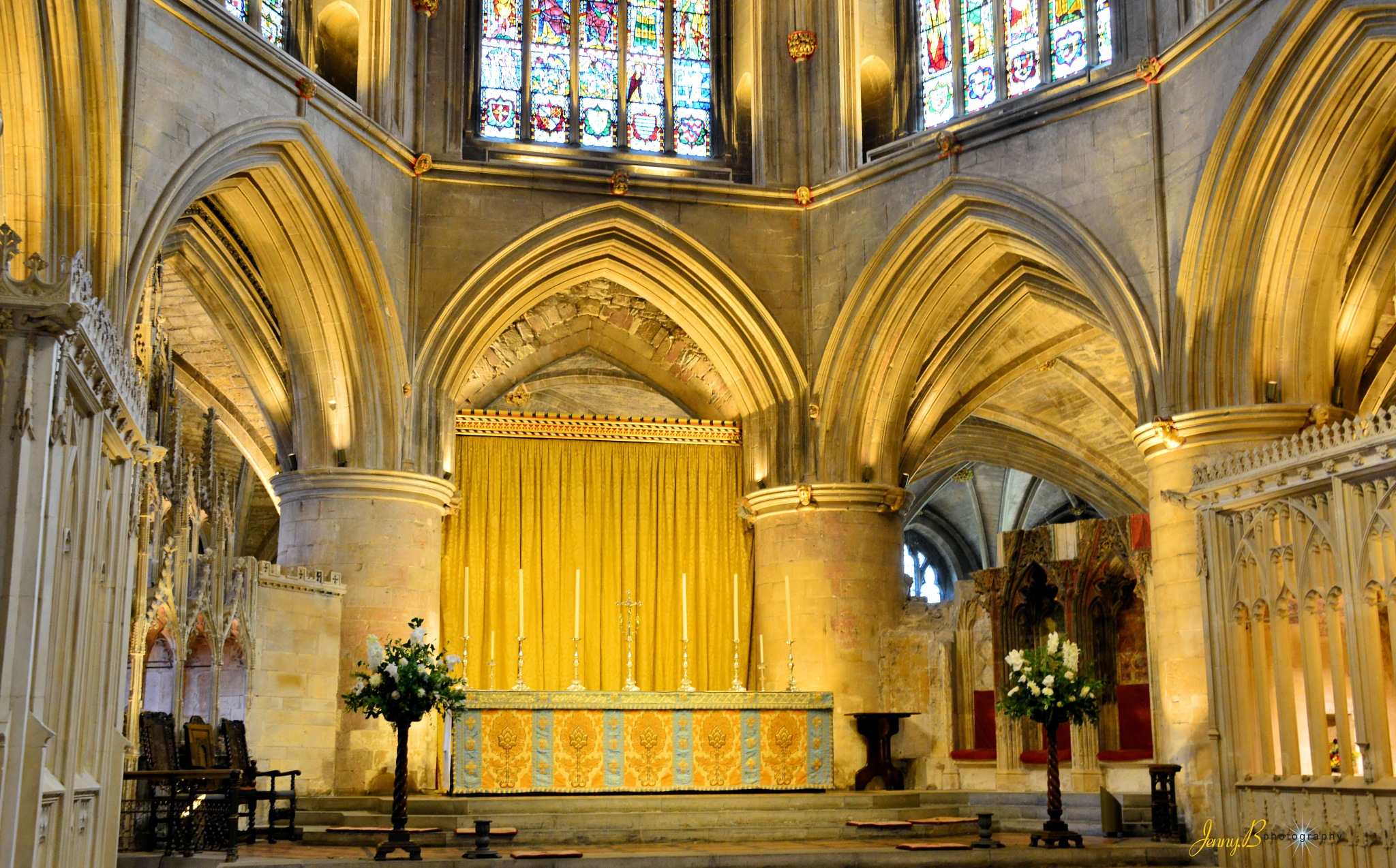 Tewkesbury Abbey Altar by jb_127  ( jennybphotography)