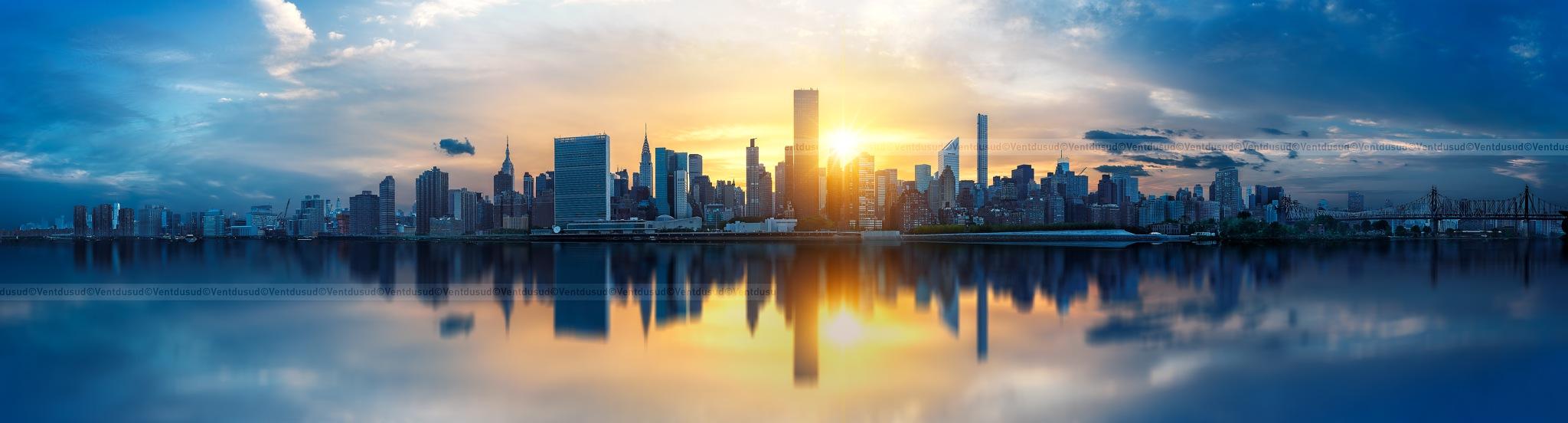 New York City skyline by ventdusud