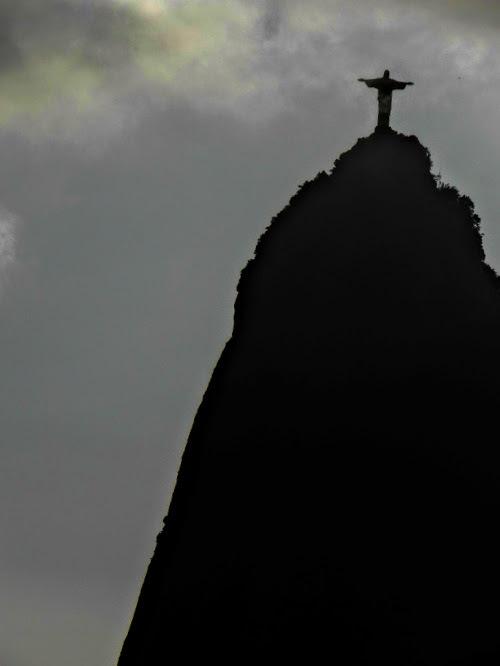 Cristo Redentor  by soniatelmira