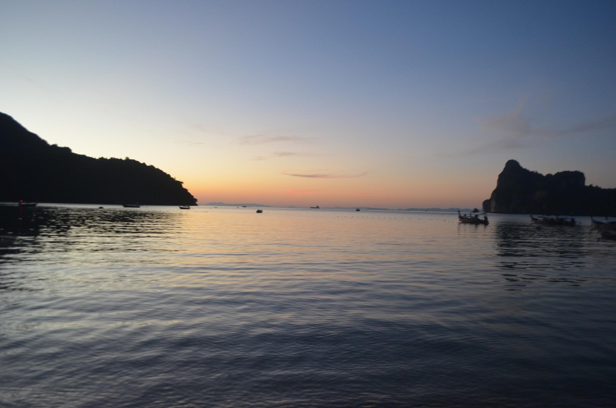 Sunset by soniatelmira