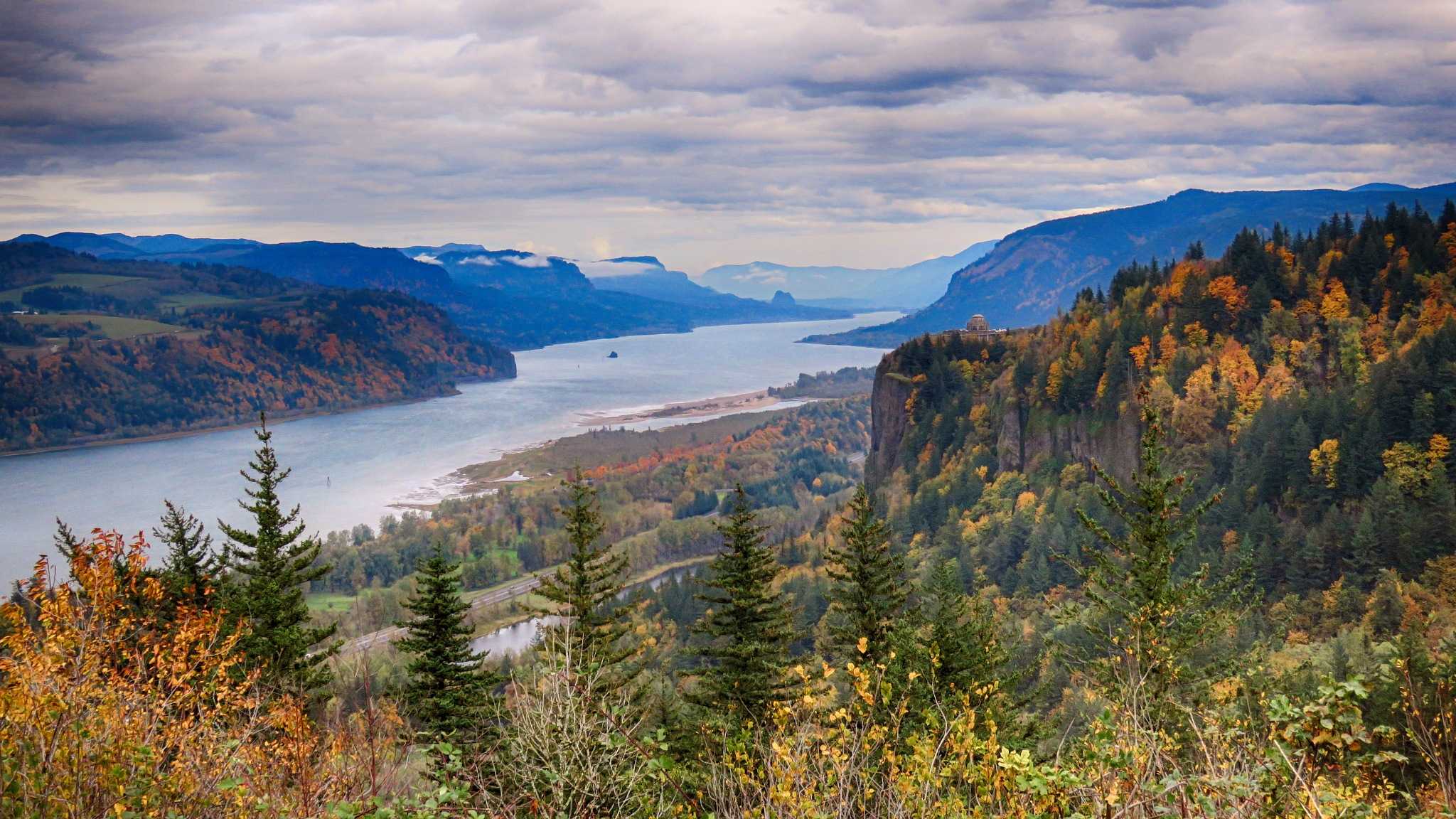 Autumn in the Pacific Northwest by jdrake