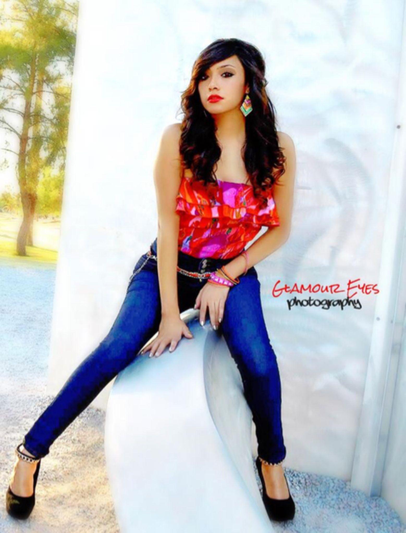 Kim  by glamoureyesphotography
