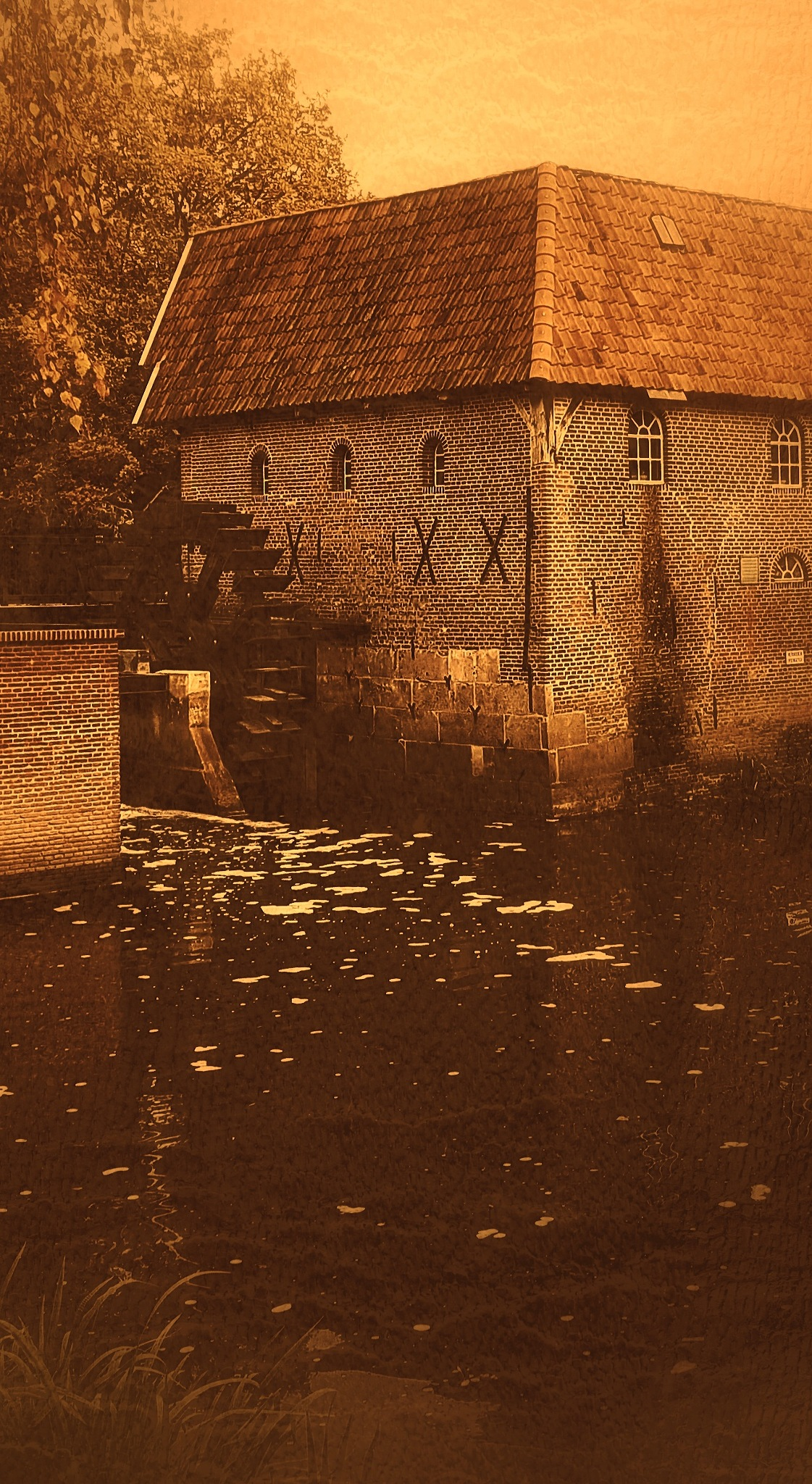 Water mill by Jannie Looge