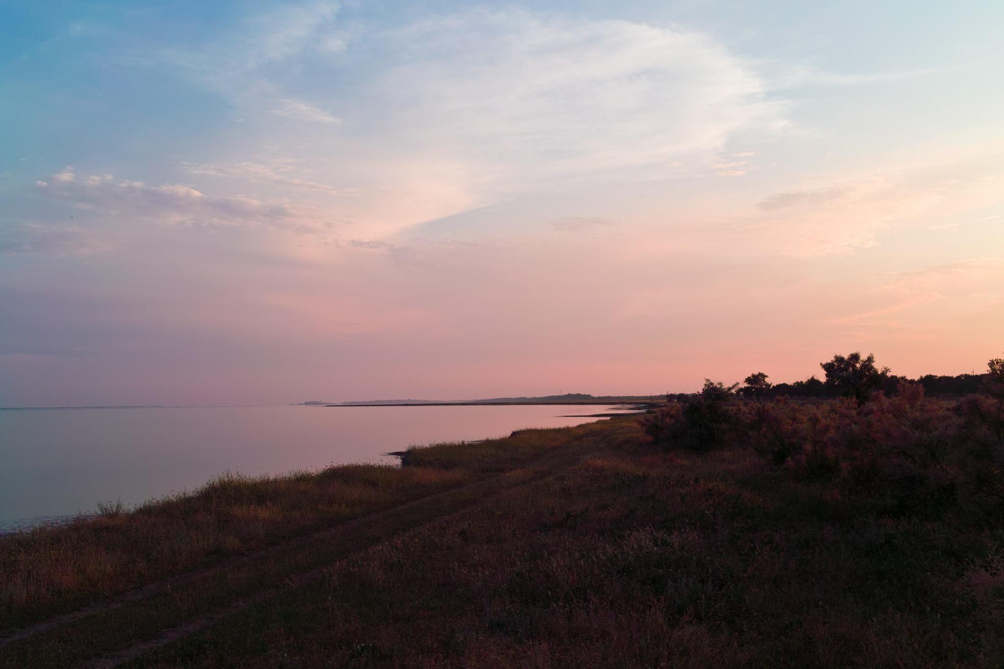 Sunset on the sea by DimaShevchuk
