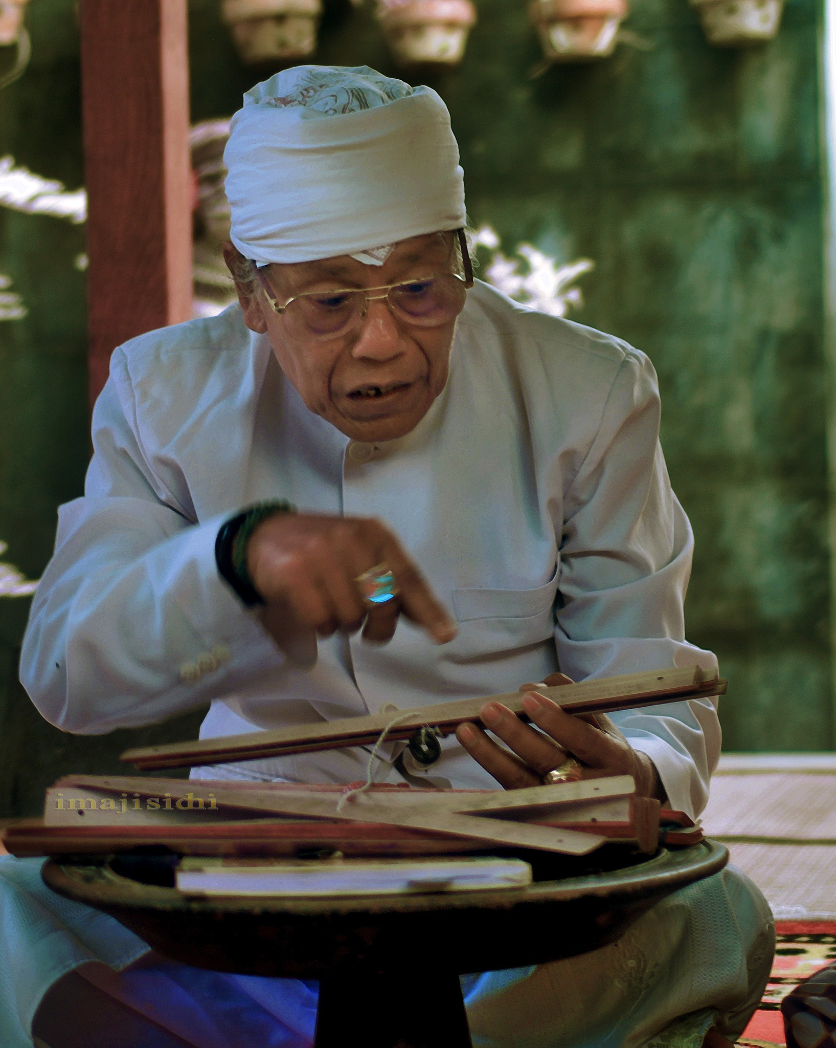 Teaching by wisnu purnomo sidhi