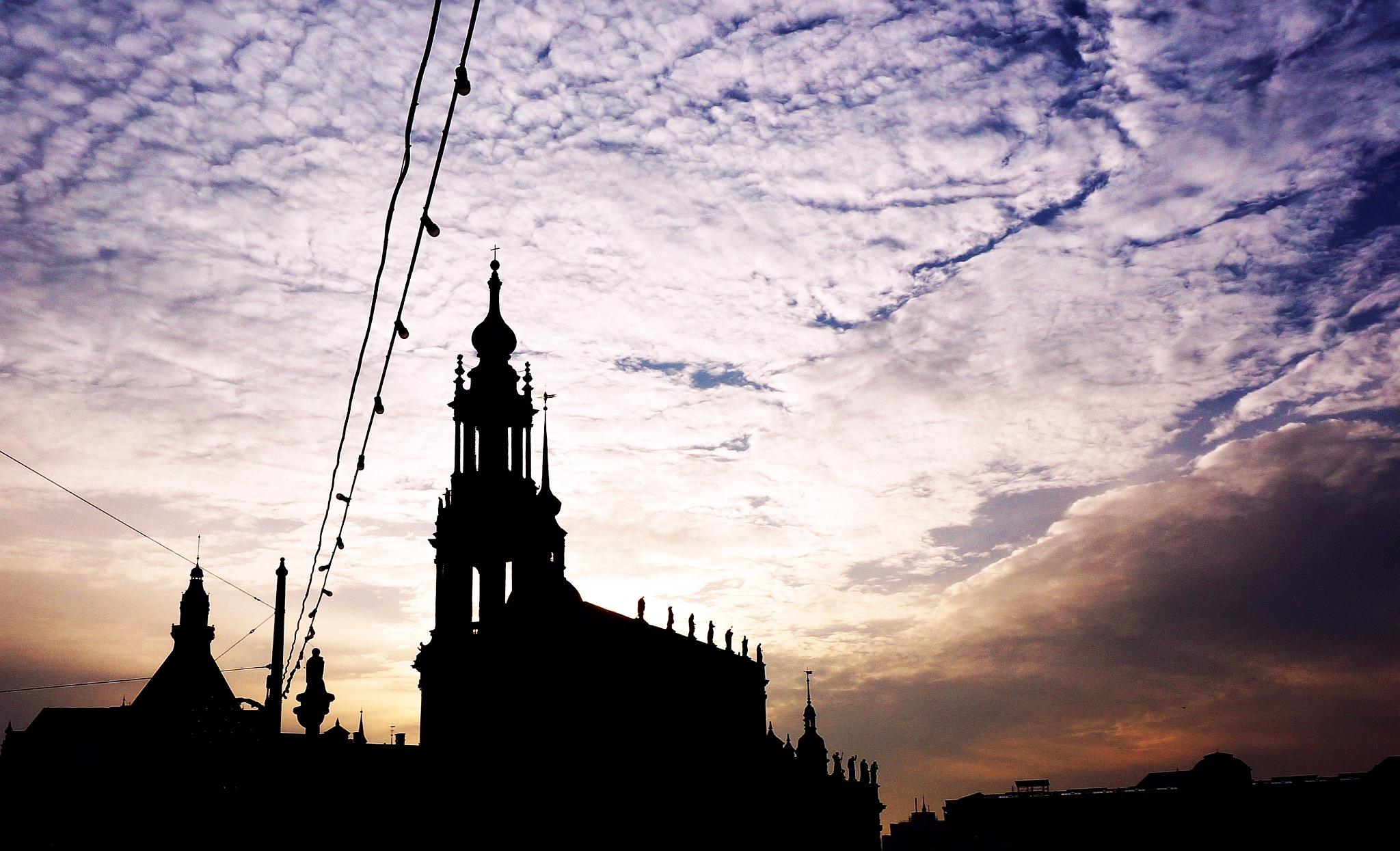 Dresden by Ilya Licentov