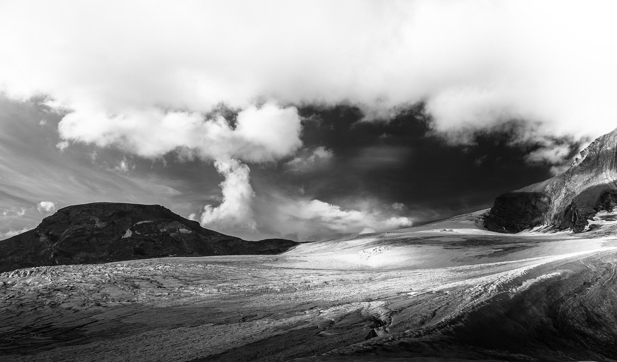 Breathe Of Winter by tOmek