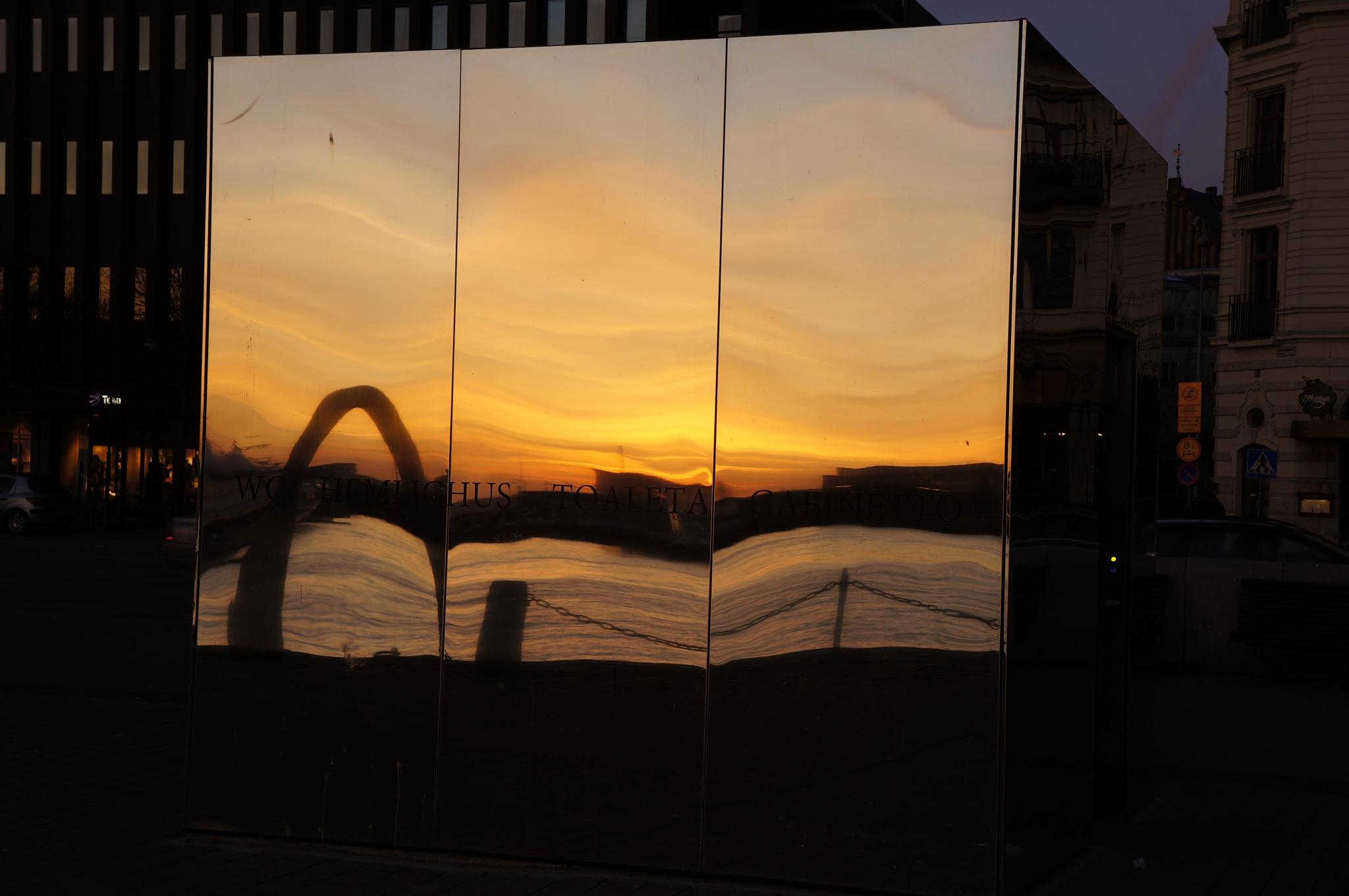 mirroring the sunset by Max Cesare Parodi