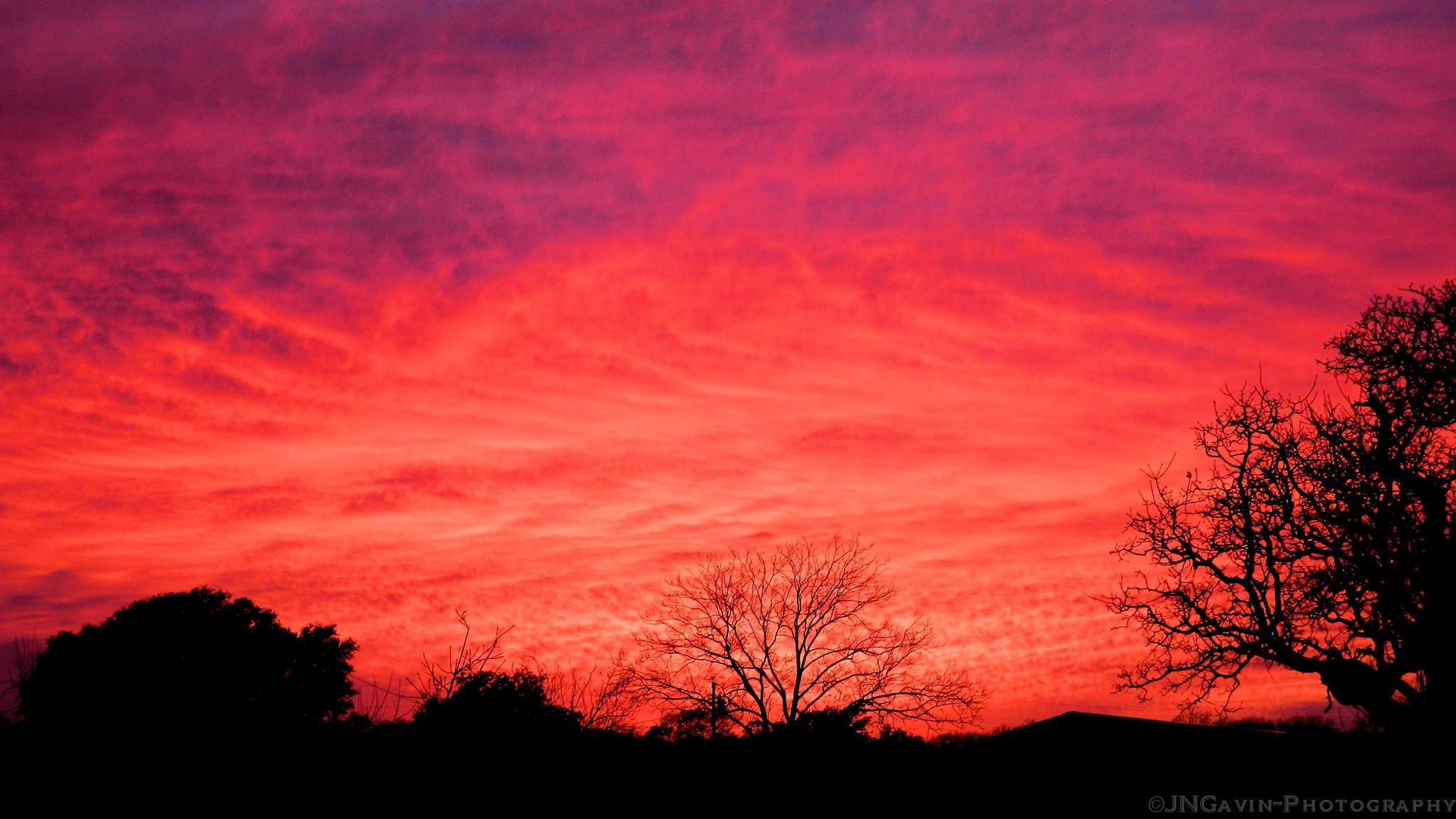 Pretty Sunset last night by John Gavin