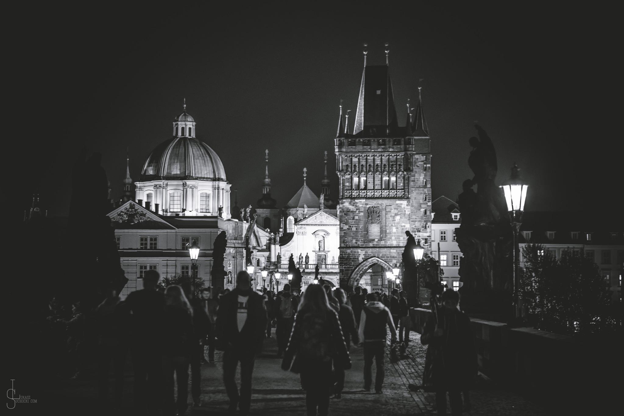 Prague by night by Lukasz Suchocki