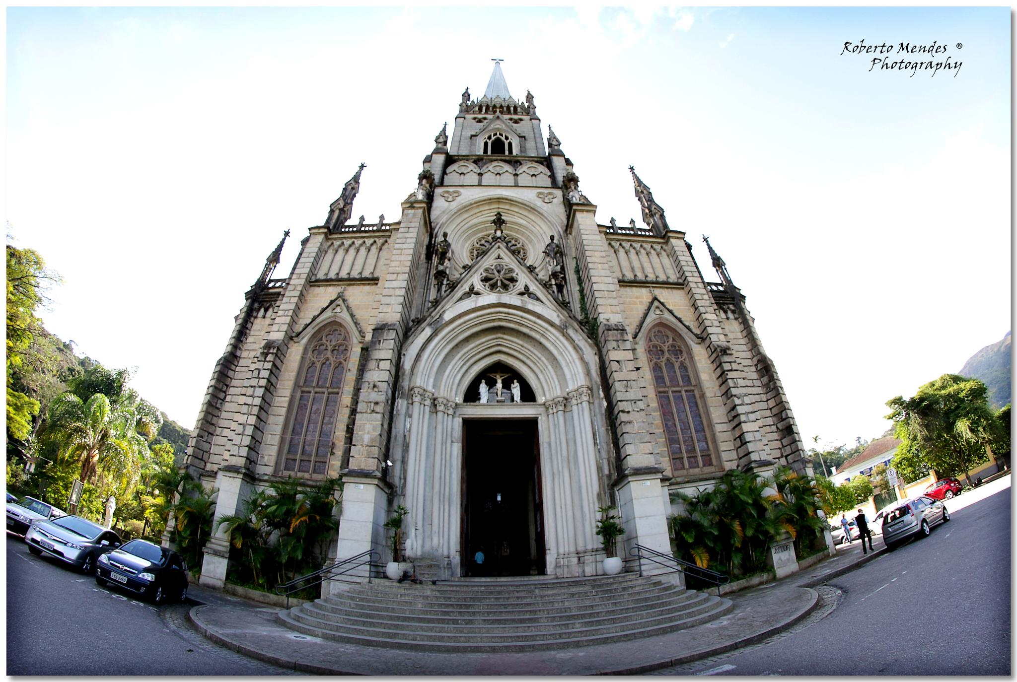 Catedral by Roberto Mendes