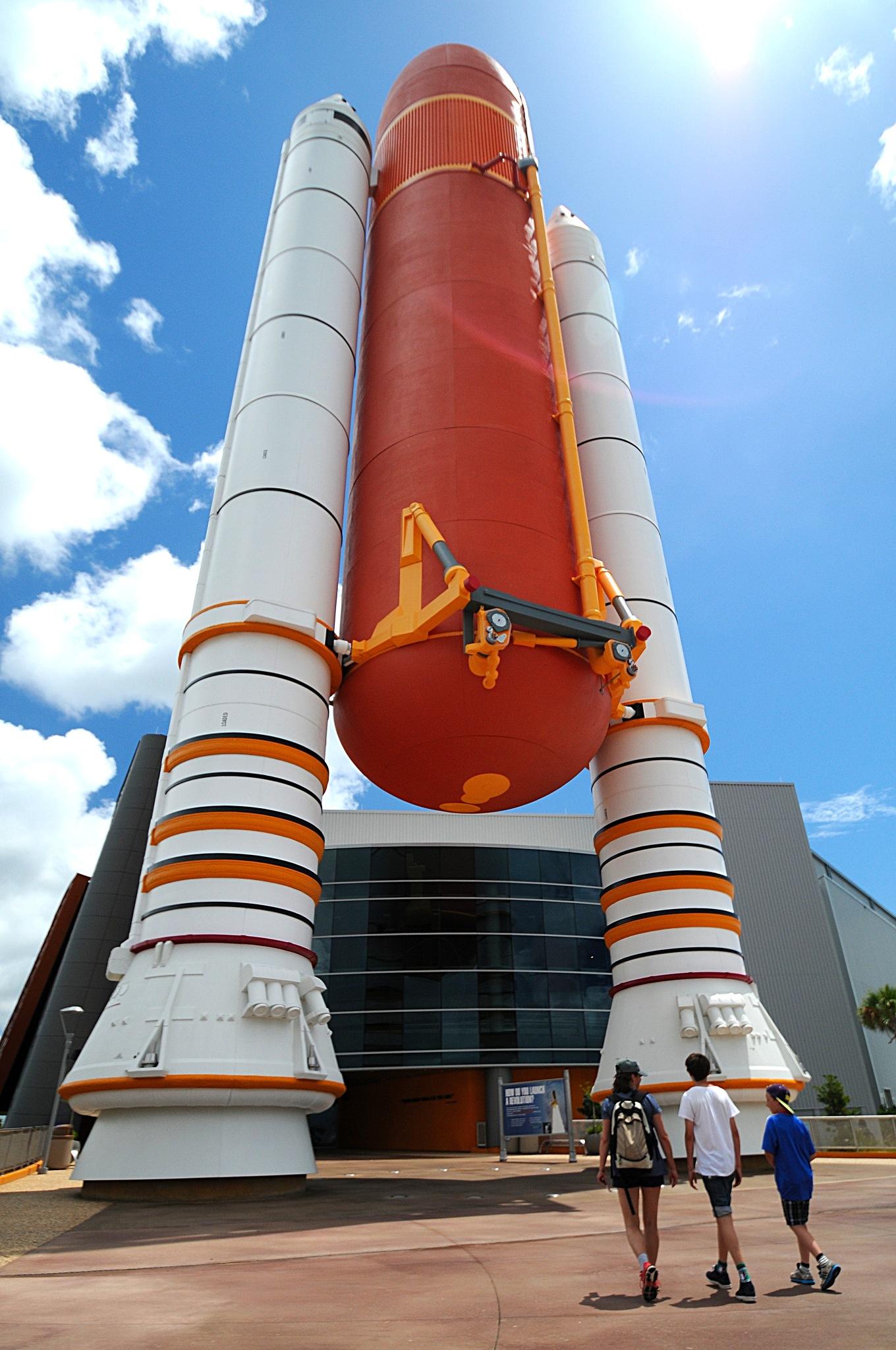 Kennedy Space Center by bbartosch