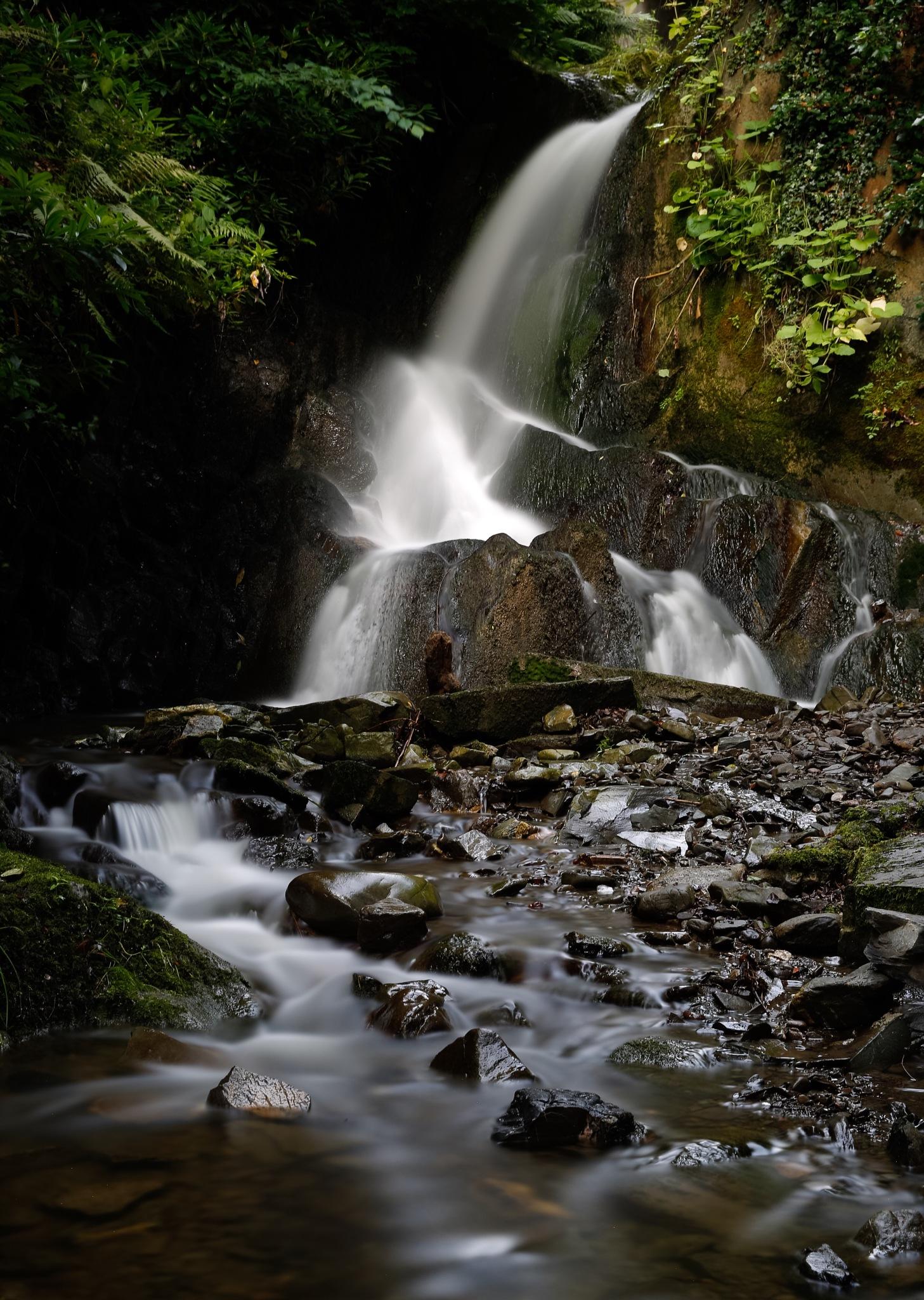 Hawick waterfall by Paul1964