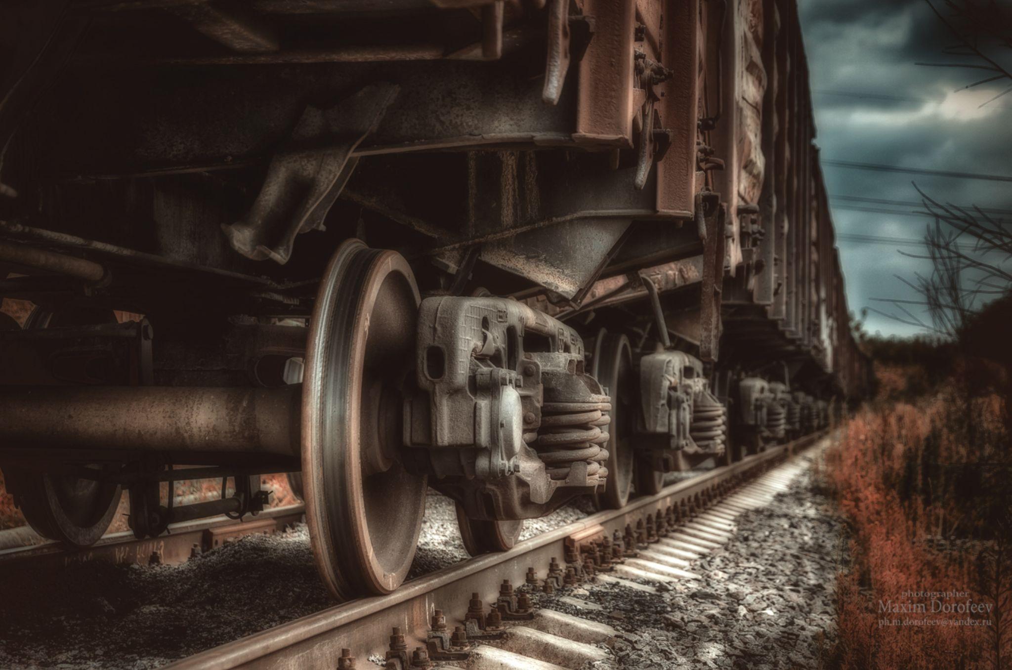 Abandoned railway by Maxim Dorofeev
