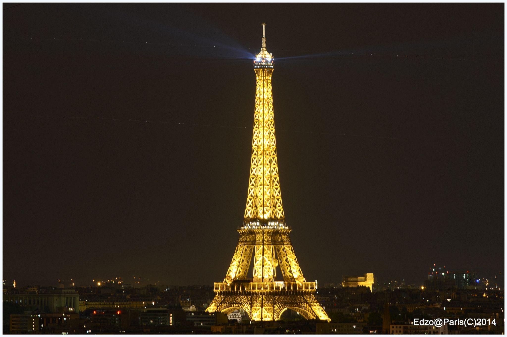 EIFFEL TOWER by Emmanuel De Zorzi