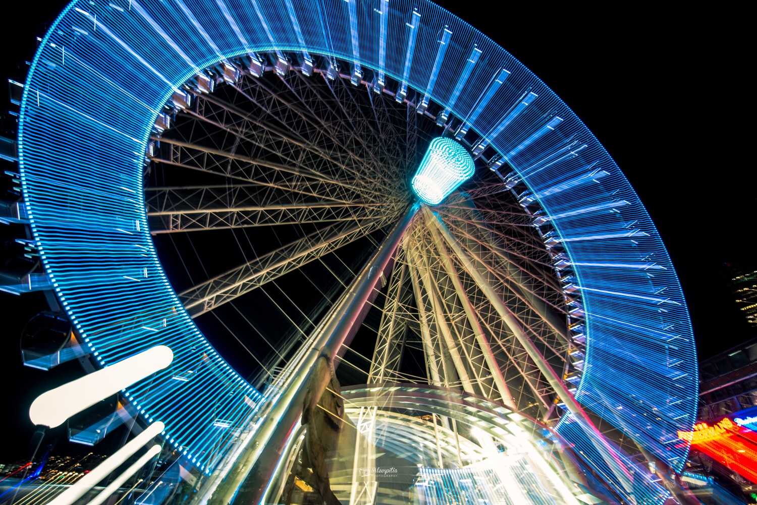 Great Wheel different! by Alejandro Espitia