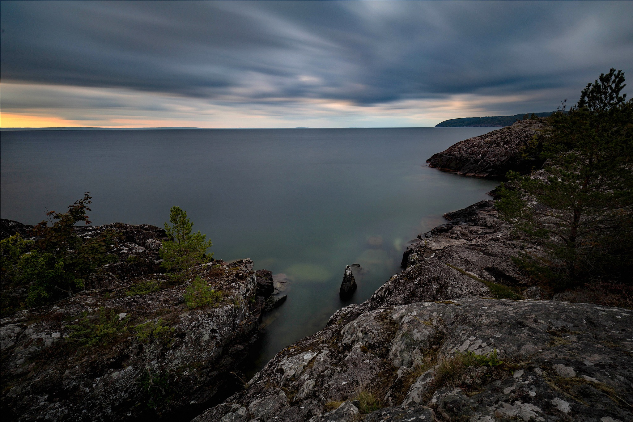 Rocks, water and space resolved in the cascades of tones  by Lena Schöld
