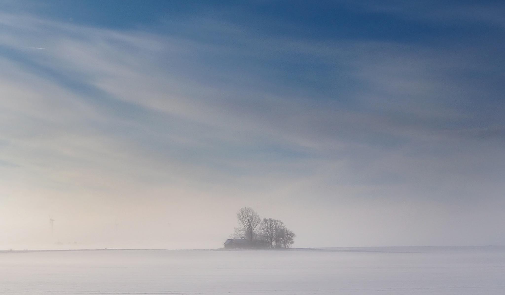 Fog over the plain by Lena Schöld