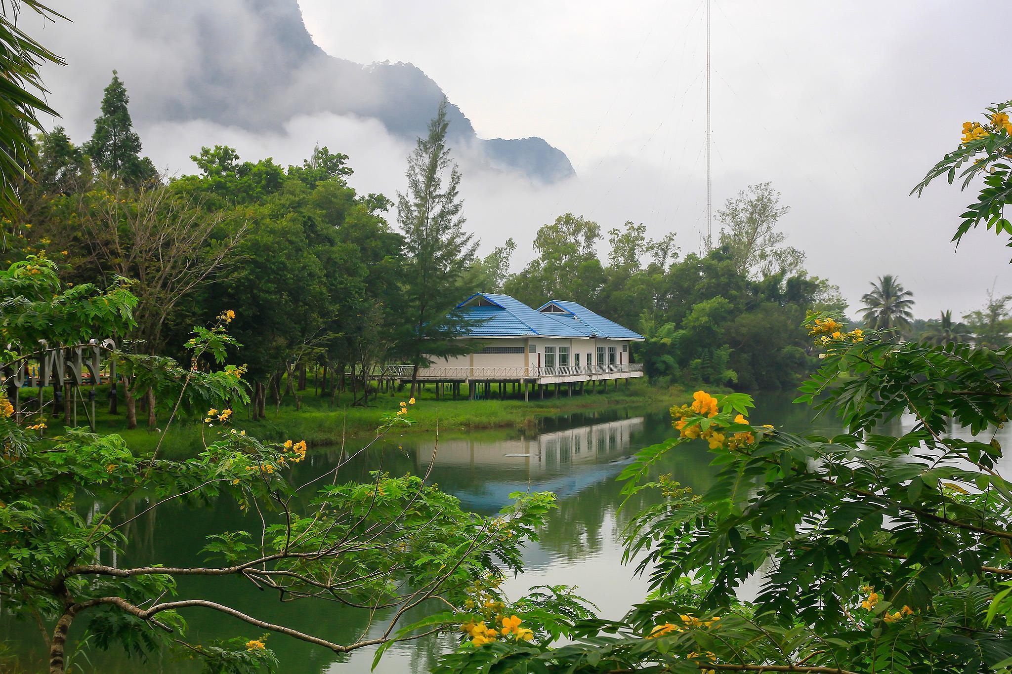 Morning Phang Nga Thailand by ichoo2000