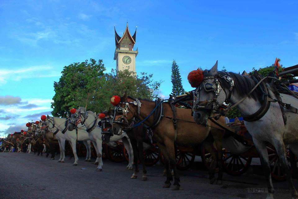 Bukittinggi Jam Gadang by Muhammad Noli Hendra