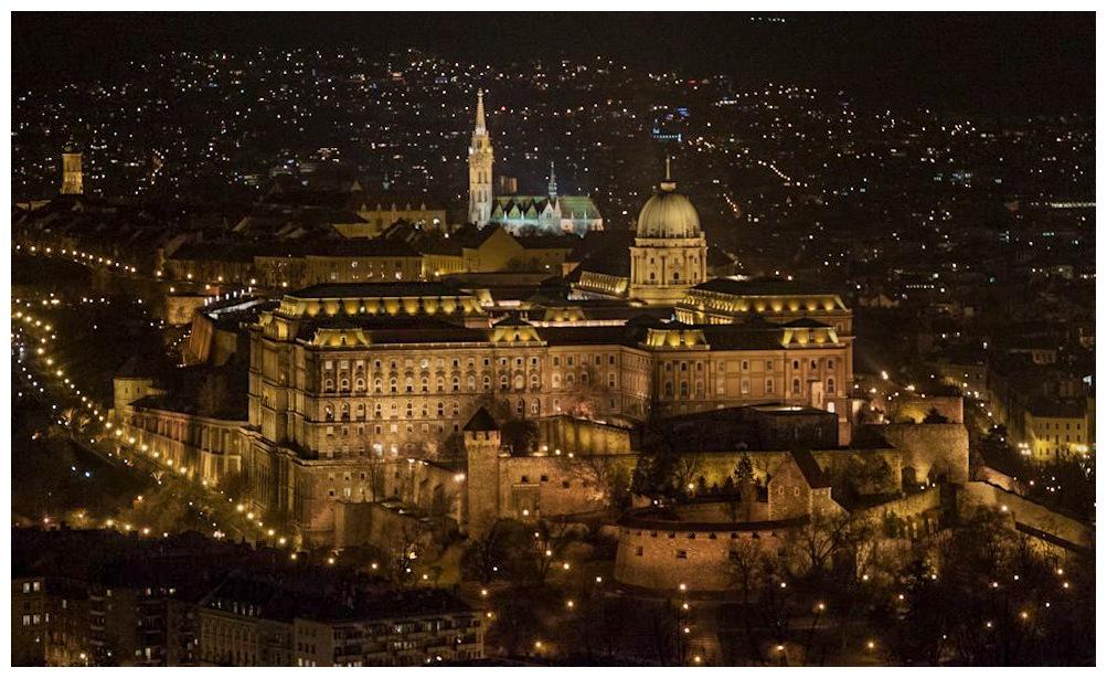 Budapest  by benny_b