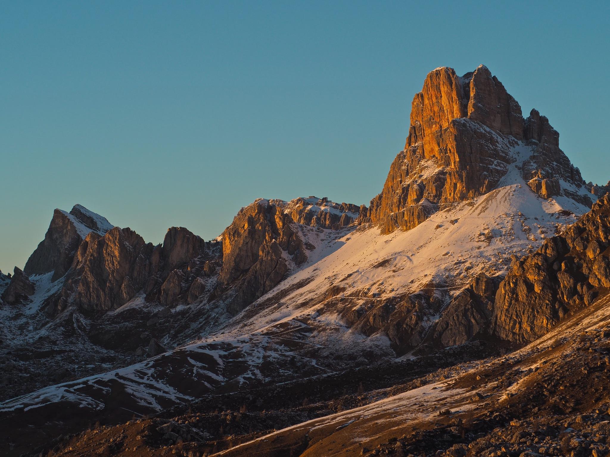 Mount Averau by Giancarlo Cappellari