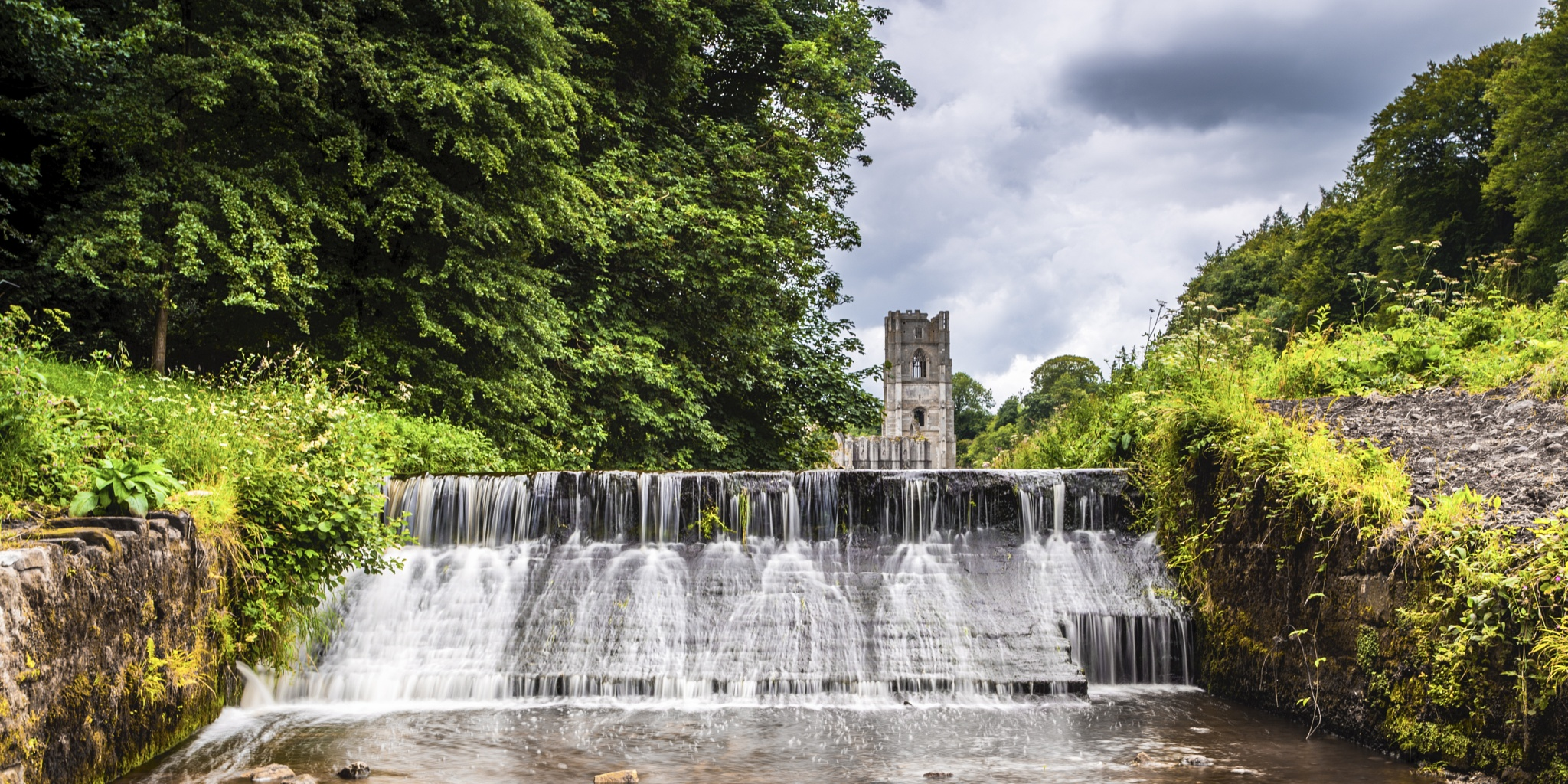 Fountains Abbey by Tony Shaw