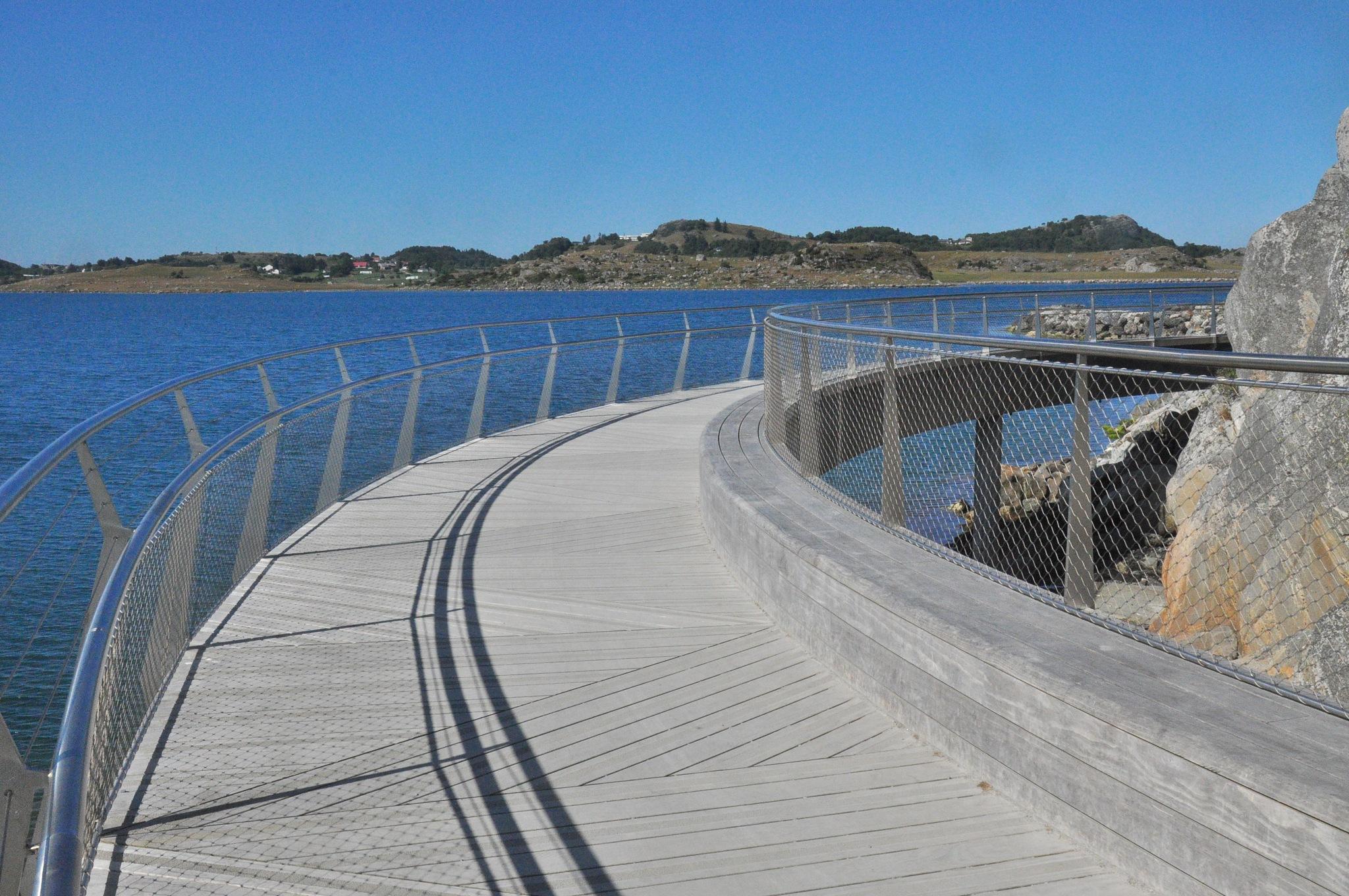 walkway seaside by Dag Olav Øverland