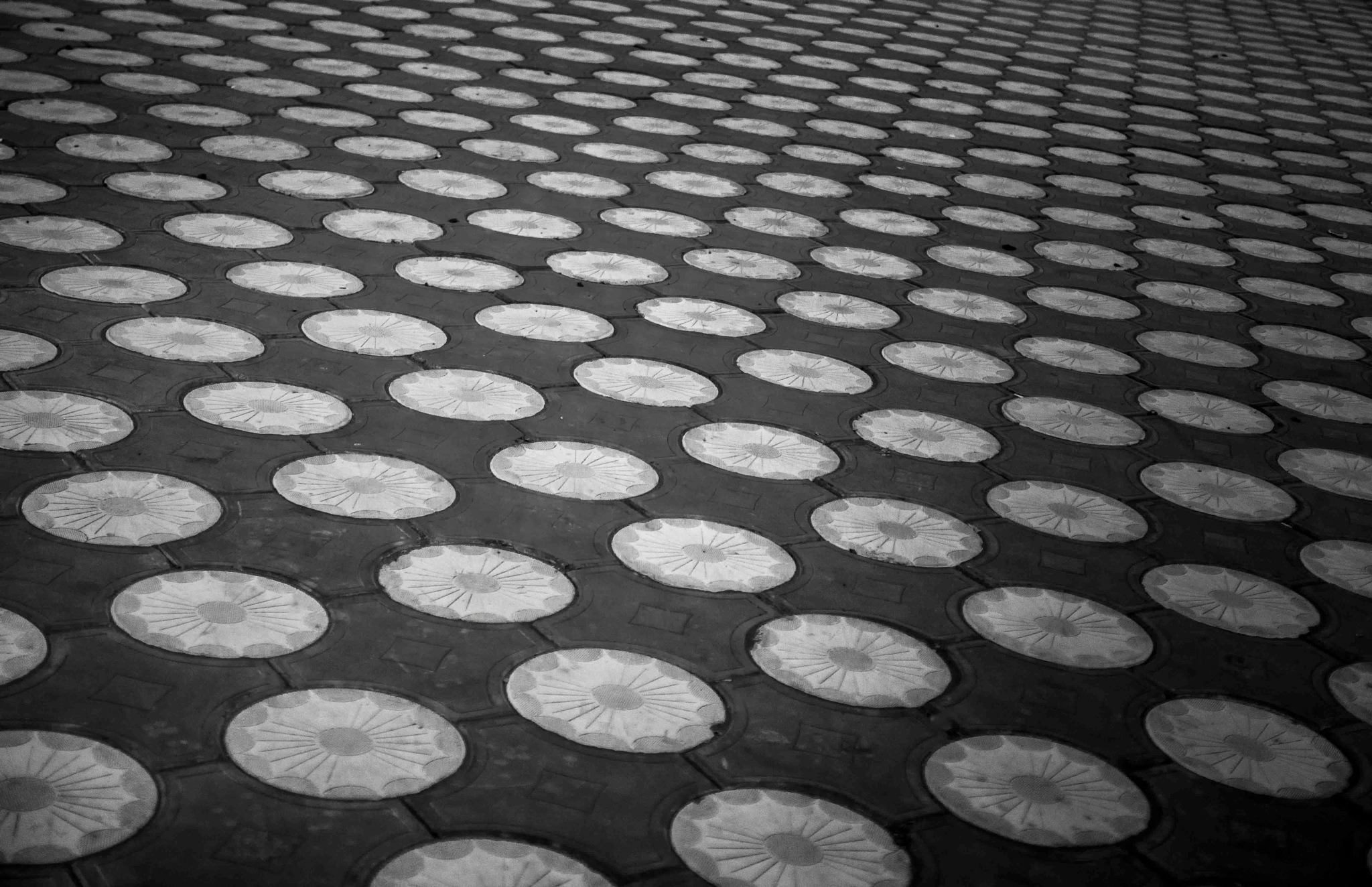 circles by mohamedwwe26