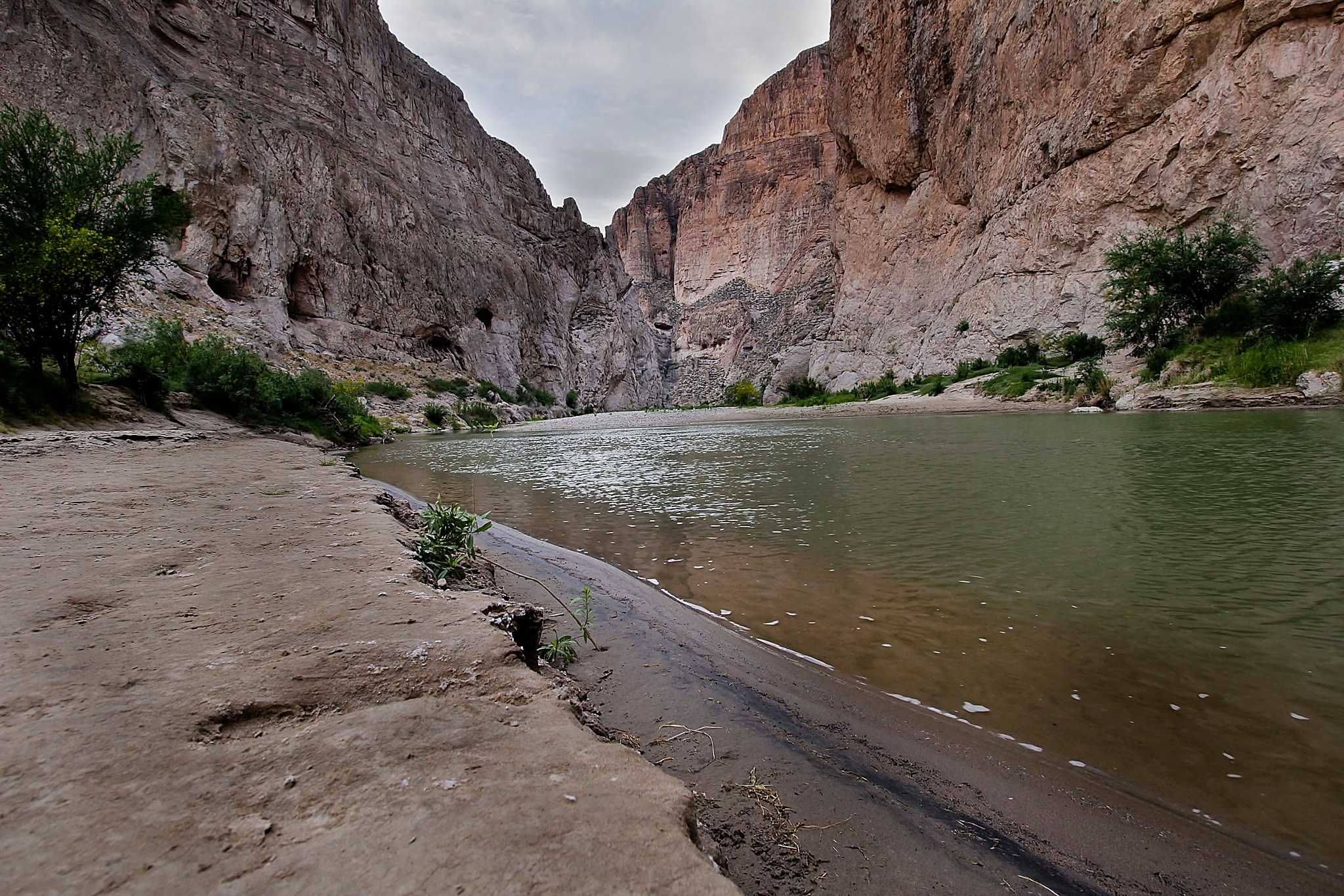 Bouquillas Canyon by kstand