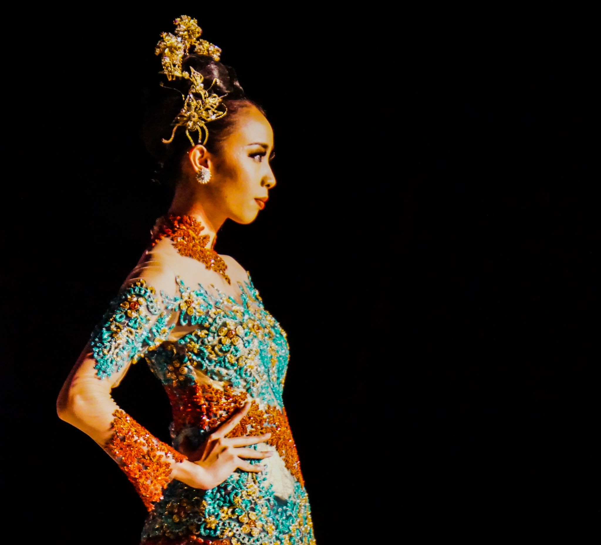 Solo Batik Fashion by Ferry Chandra