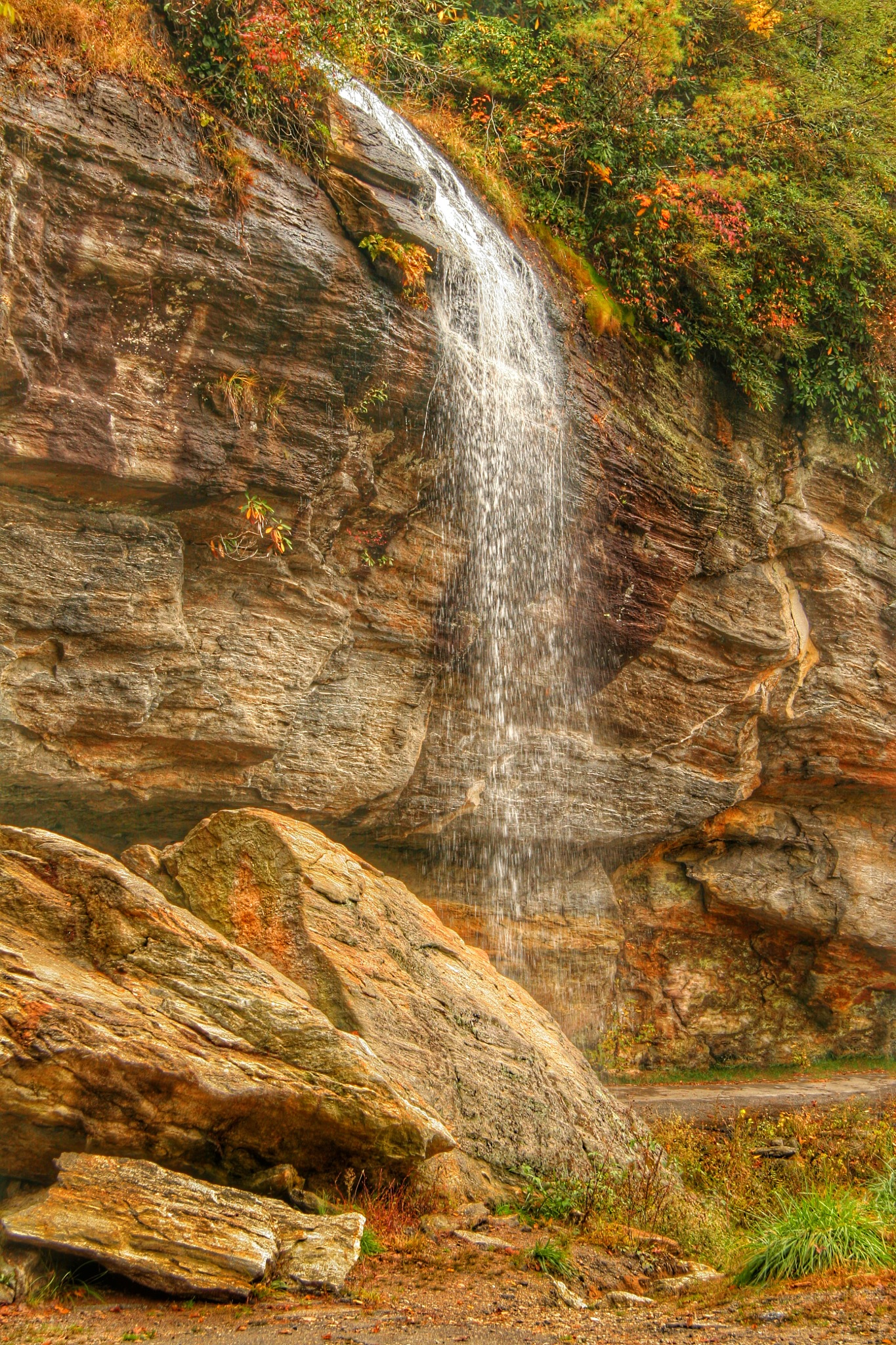 Bridal Veil Falls by Stuart Rosenthal
