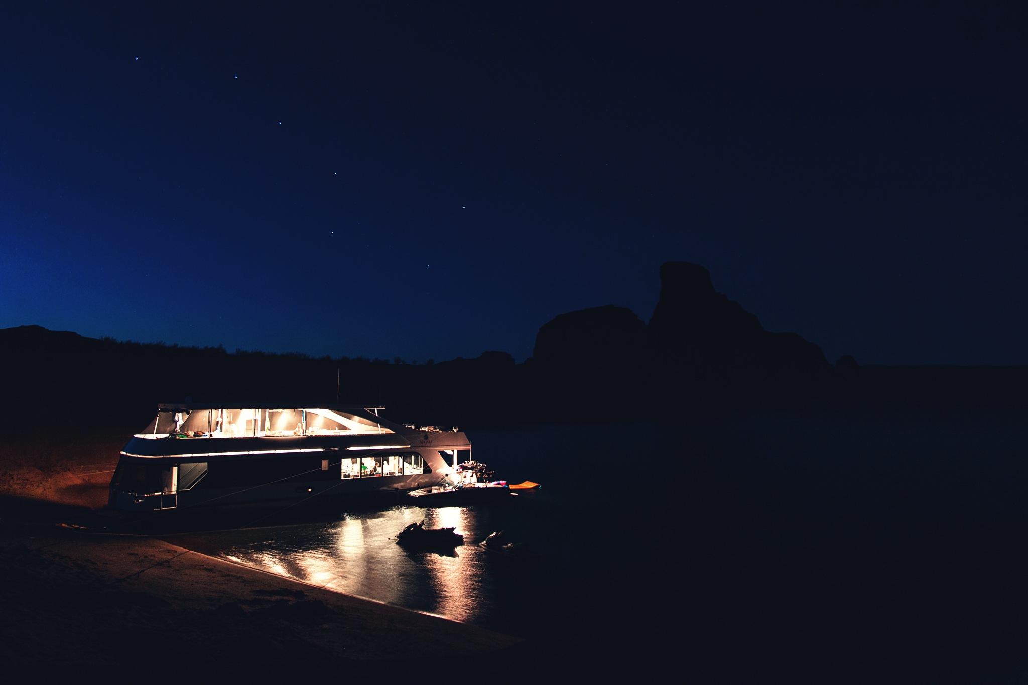 Lake Powell, fall evening, big dipper by Tim Hansen