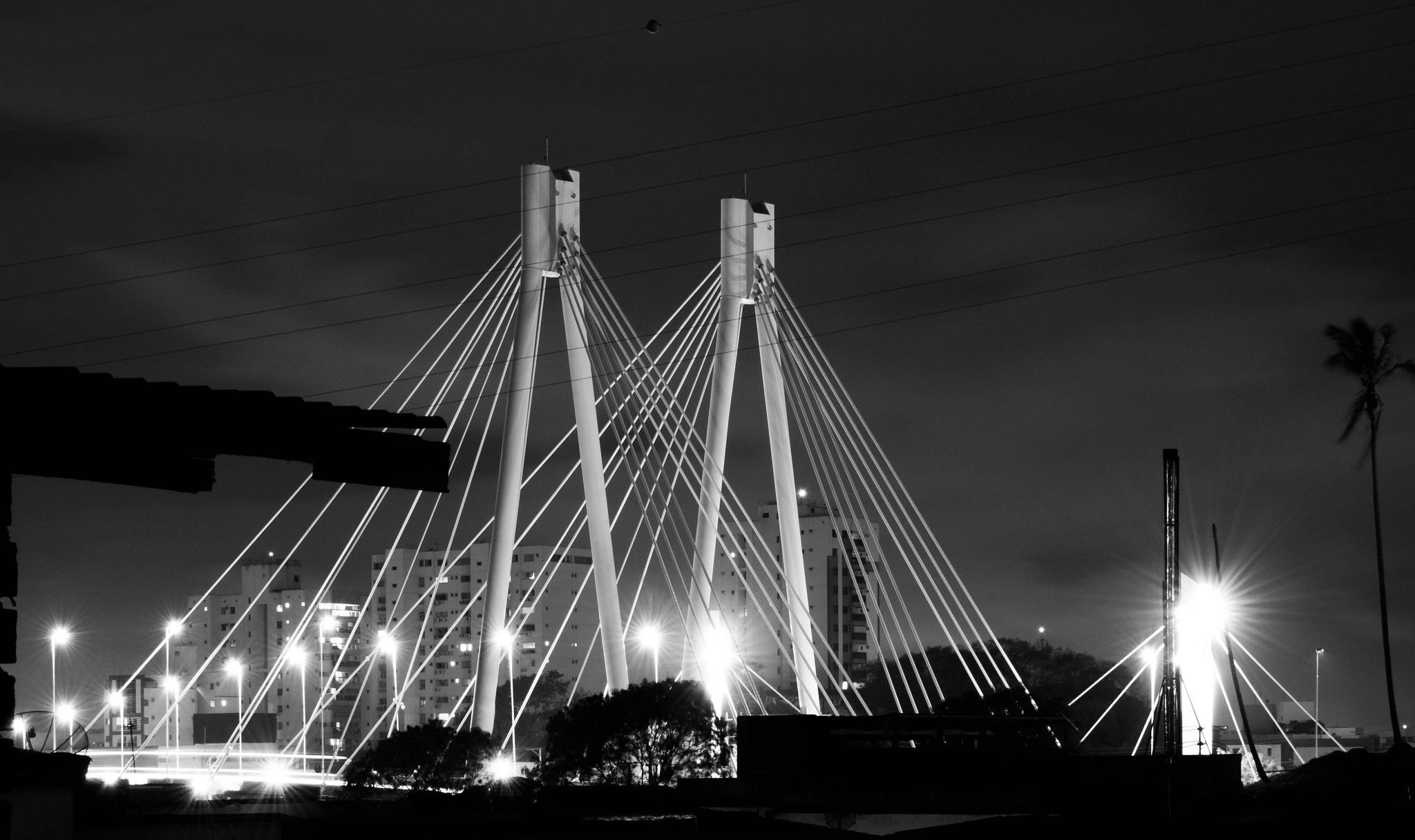 Ponte da Passagem by Leandro Moura