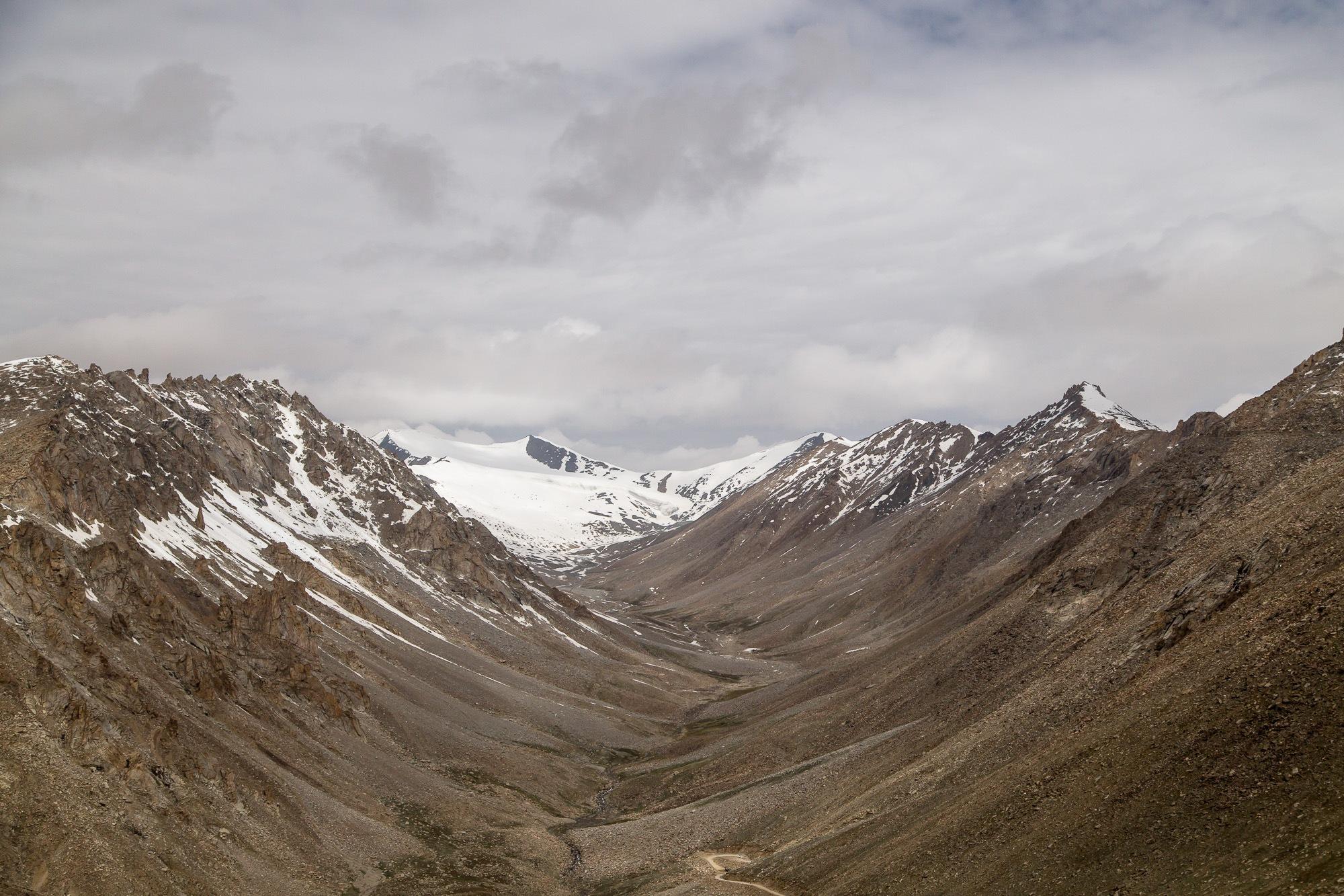 Khardungla Pass, 5 300 m by Pavel Grishunin