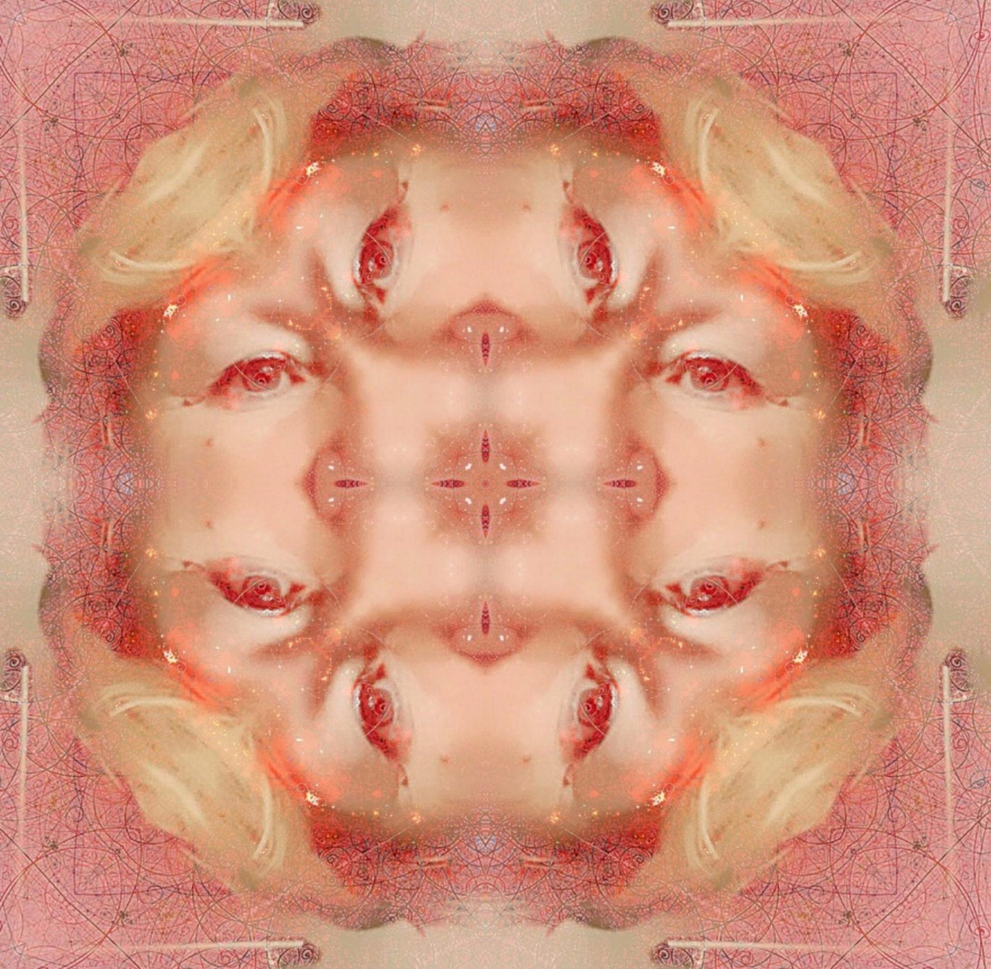 symmetrical selfie by Brigitta2405