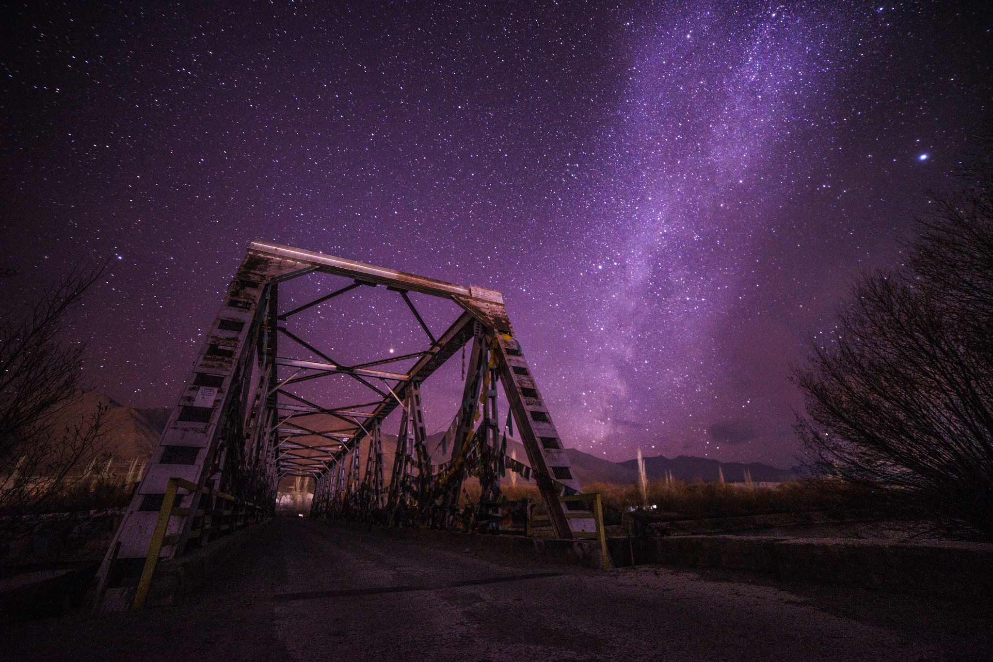 When the night falls by Ton Kuper