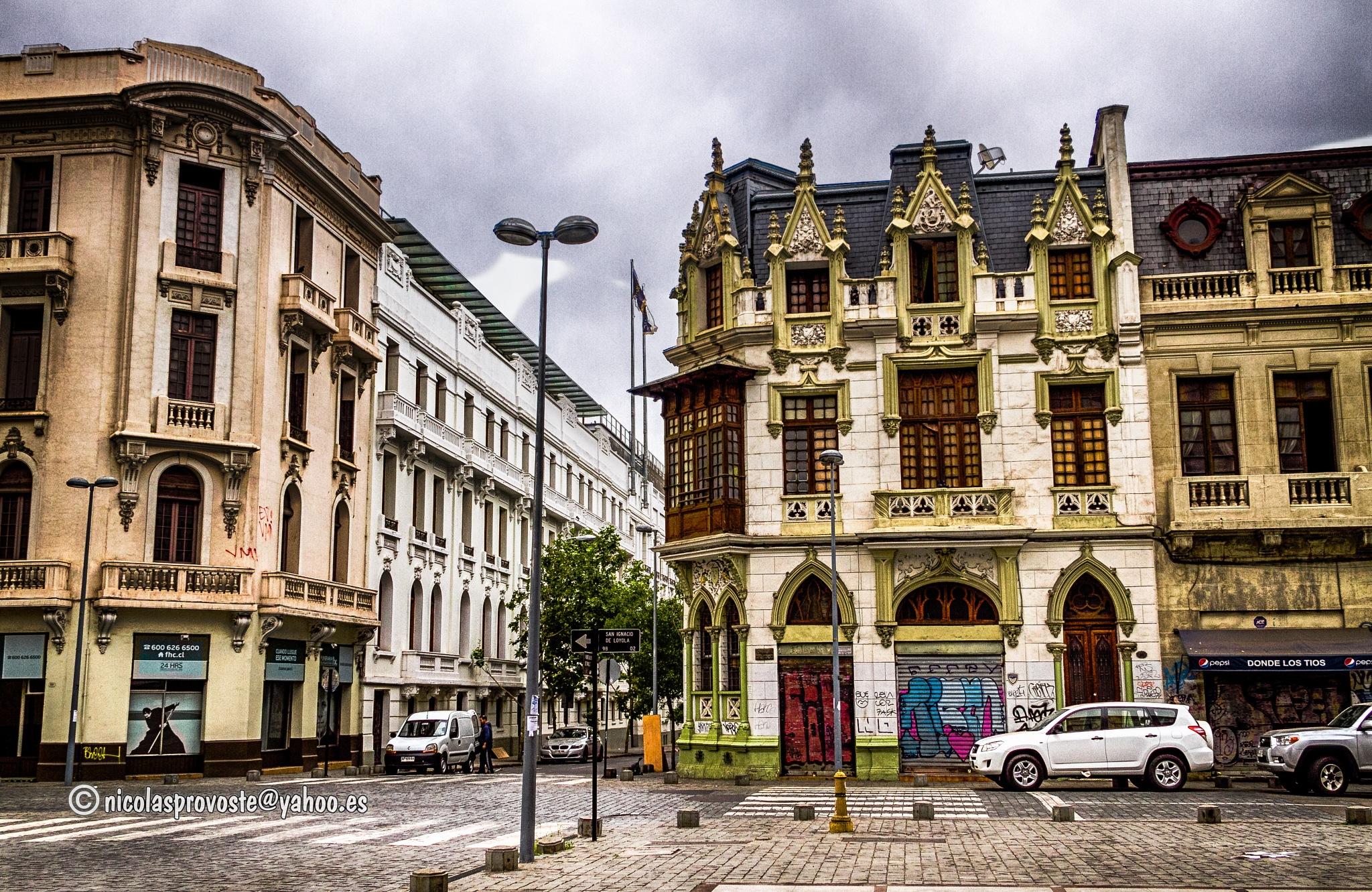 Calle San Ignacio, Santiago de Chile by nicolasprovoste