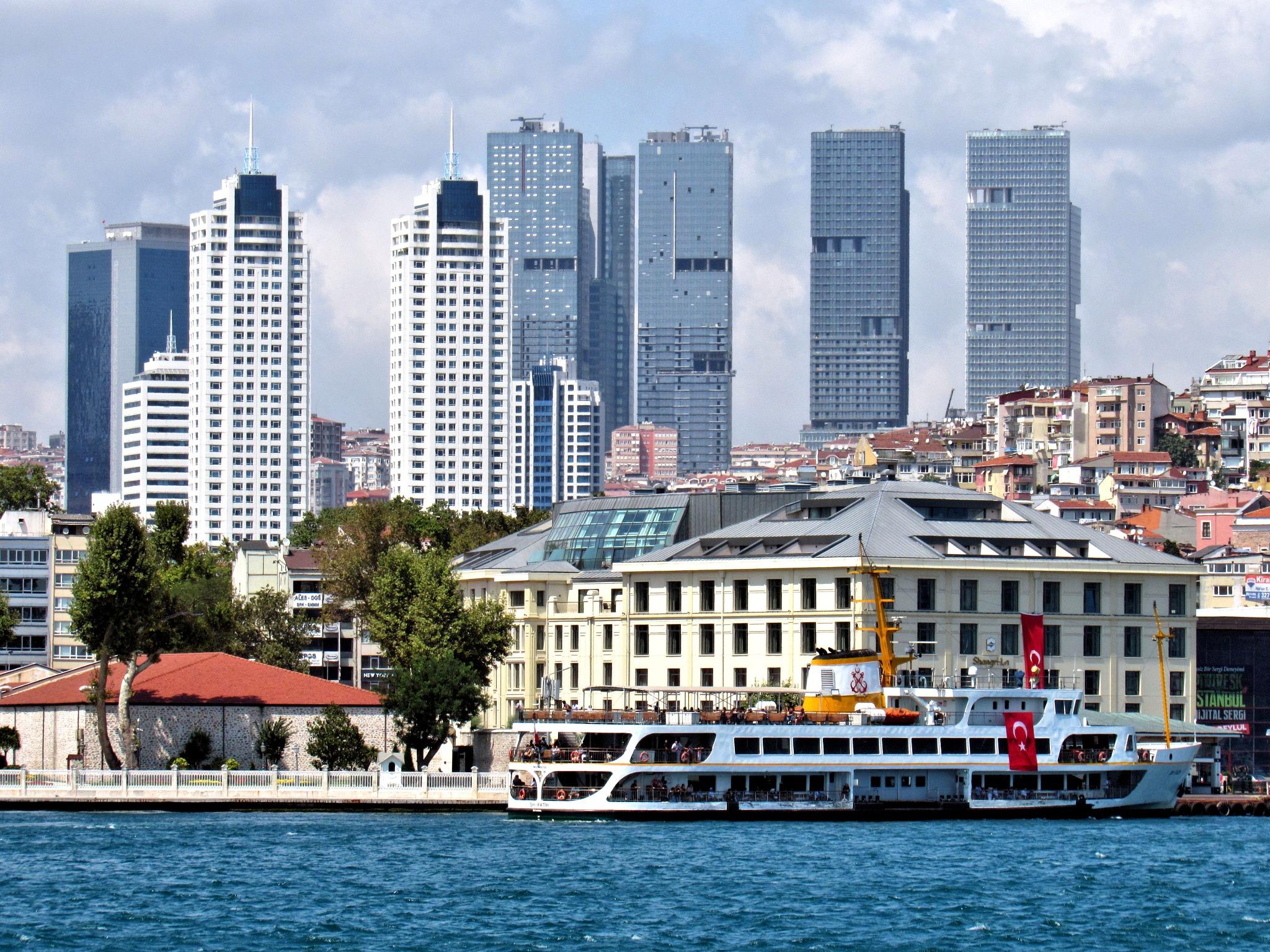 Istanbul Bosphorus by Faruk Koçak